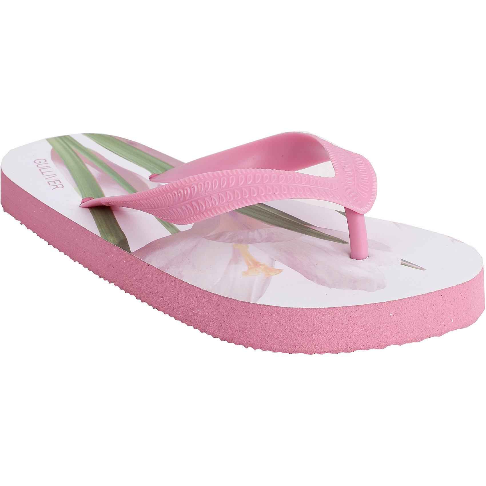 Шлепанцы для девочки GulliverПляжная обувь<br>Пляжная обувь - вещь, совершенно необходимая для отдыха у воды. Мягкие резиновые тапочки-въетнамки для девочки надежно защитят ножку ребенка от мелкой гальки и горячего песка. Если вы решили купить ребенку въетнамки, обратите внимания на эти! Нежный цветочный принт в стиле коллекции Апрель вызовет у ребенка восторг, подарив отличное настроение!<br>Состав:<br>верх:                              PVC;             подошва:                 EVA<br><br>Ширина мм: 248<br>Глубина мм: 135<br>Высота мм: 147<br>Вес г: 256<br>Цвет: розовый<br>Возраст от месяцев: 108<br>Возраст до месяцев: 120<br>Пол: Женский<br>Возраст: Детский<br>Размер: 35,32,31,34,30,33<br>SKU: 4534921