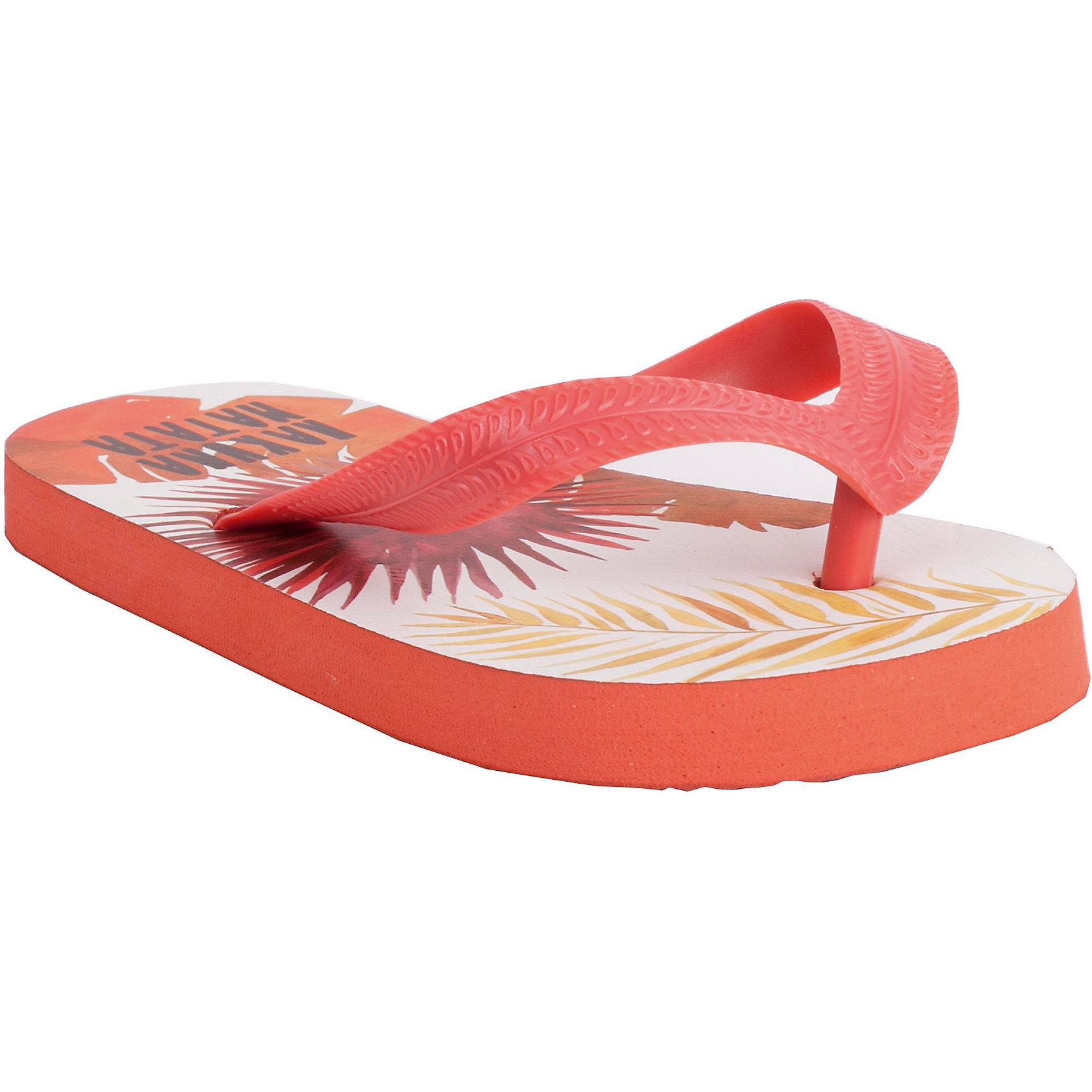 Обувь пляжная для мальчика GulliverПляжная обувь - вещь, совершенно необходимая для отдыха у воды. Мягкие резиновые тапочки-въетнамки для мальчика надежно защитят ногу от мелкой гальки  и горячего песка, а также станут ярким запоминающимся элементом пляжного ансамбля.  Если вы решили купить подростку въетнамки, обратите внимания на эти! Ребенок наверняка оценит сочный гавайский рисунок и оригинальный шрифтовой принт в стиле коллекции Камбоджа.<br>Состав:<br>верх:                              PVC;             подошва:                 EVA<br><br>Ширина мм: 248<br>Глубина мм: 135<br>Высота мм: 147<br>Вес г: 256<br>Цвет: разноцветный<br>Возраст от месяцев: 156<br>Возраст до месяцев: 168<br>Пол: Мужской<br>Возраст: Детский<br>Размер: 37,36,39,40,38<br>SKU: 4535135