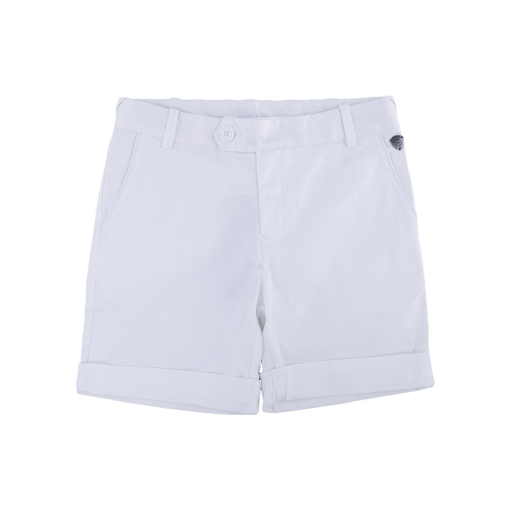 Шорты для мальчика GulliverКупить модные шорты для мальчика! Выбираясь на весенний шоппинг, мамы мальчиков часто ставят перед собой эту непростую задачу. И действительно, модные шорты должны быть с изюминкой! Белый цвет выглядит нарядно, благородно, изысканно! Отделка оригинальной тесьмой в морском стиле делает модель яркой и запоминающейся. Словом, эти стильные  белые шорты с отворотами, брендированной фурнитурой и деликатной контрастной вышивкой на заднем кармане - лучшее решение для жаркого модного лета!<br>Состав:<br>98% хлопок      2% эластан<br><br>Ширина мм: 191<br>Глубина мм: 10<br>Высота мм: 175<br>Вес г: 273<br>Цвет: белый<br>Возраст от месяцев: 120<br>Возраст до месяцев: 132<br>Пол: Мужской<br>Возраст: Детский<br>Размер: 146,158,164,152<br>SKU: 4535181