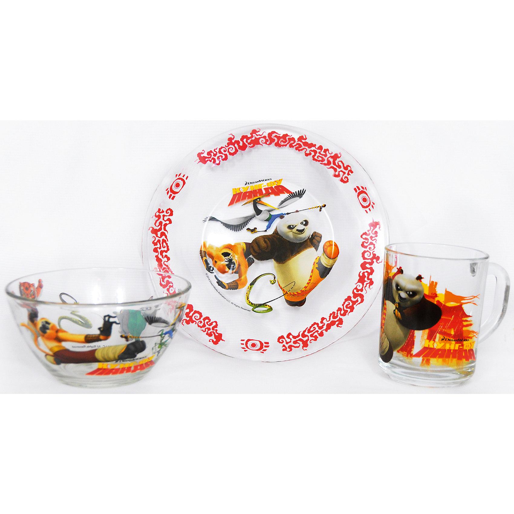 Набор посуды Панда Кунг-Фу (3 предмета, стекло)Набор посуды Панда Кунг-Фу непременно порадует ребенка ярким оформлением. Стекло набора покрыто красочным изображением мультсериала про веселых зверушек и непременно доставит массу удовольствия своему обладателю.. Посуда устойчива к перепадам температур, поэтому отлично подойдёт как для горячих, так и для холодных напитков и убережёт руки от ожогов. Набор изготовлен из экологически чистых материалов и не принесет вреда здоровью Вашему малыша<br>. <br>Дополнительная информация: <br><br>В комплект входят 3 предмета:<br>-тарелка  (? 19,5 см.)<br>-салатник (? 19,5 см.)<br>-кружка 250 мл<br><br>Набор посуды Панда Кунг-Фу (3 предмета, стекло) можно купить в нашем интернет-магазине.<br><br>Ширина мм: 205<br>Глубина мм: 100<br>Высота мм: 205<br>Вес г: 950<br>Возраст от месяцев: 36<br>Возраст до месяцев: 144<br>Пол: Унисекс<br>Возраст: Детский<br>SKU: 4536179