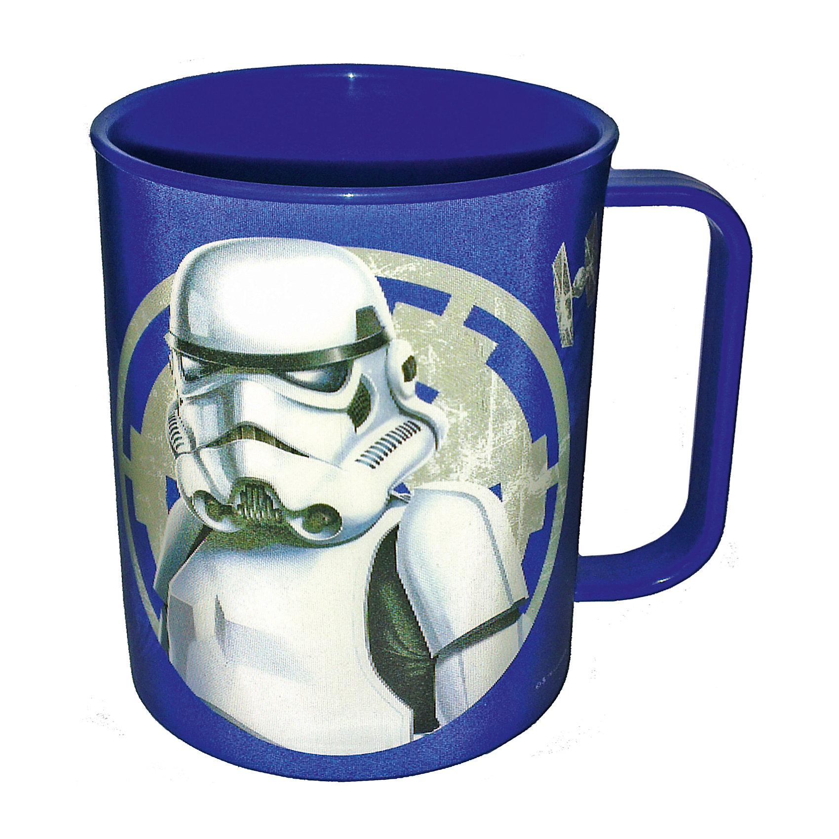 Синяя кружка Звездные войны 325 млСиняя кружка Звездные войны 325 мл – это отличный подарок для фаната вселенной Star Wars.<br>Синяя кружка Звездные войны изготовлена из полипропилена и оформлена рисунком с изображением имперского штурмовика. Специальное покрытие с отливом делает изображение на кружке более объемным. Не подходит для использования в посудомоечной машине и СВЧ-печи.<br><br>Дополнительная информация:<br><br>- Объем: 325 мл.<br>- Высота: 9,5 см.<br>- Цвет: синий<br>- Материал: полипропилен<br>- Размер упаковки: 10 х 8 х 9,5 см.<br>- Вес: 50 гр.<br><br>Синюю кружку Звездные войны 325 мл можно купить в нашем интернет-магазине.<br><br>Ширина мм: 100<br>Глубина мм: 80<br>Высота мм: 95<br>Вес г: 50<br>Возраст от месяцев: 36<br>Возраст до месяцев: 144<br>Пол: Унисекс<br>Возраст: Детский<br>SKU: 4536242
