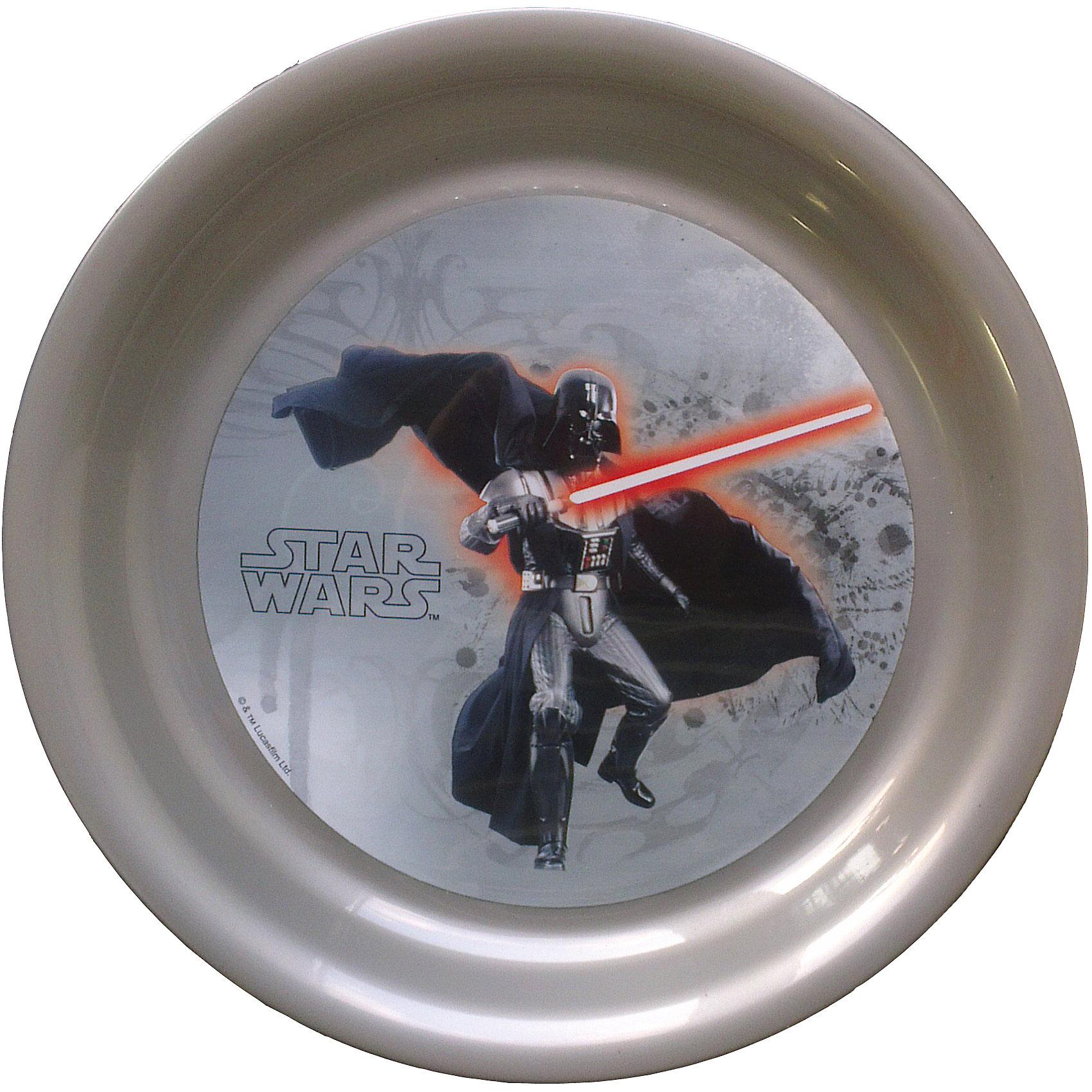 Тарелка Дарт Вейдер (диаметр 19 см), Звездные войныТарелка Дарт Вейдер (диаметр 19 см), Звездные войны – это отличный подарок для фаната вселенной Star Wars.<br>Тарелка Дарт Вейдер, Звездные войны выполнена из полипропилена и оформлена рисунком с изображением Дарта Вейдера, вооруженного световым мечом. Не подходит для использования в посудомоечной машине и СВЧ-печи.<br><br>Дополнительная информация:<br><br>- Диаметр: 19 см.<br>- Глубина: 2 см.<br>- Материал: полипропилен<br>- Размер упаковки: 19 х 19 х 2 см.<br>- Вес: 45 гр.<br><br>Тарелку Дарт Вейдер (диаметр 19 см), Звездные войны  можно купить в нашем интернет-магазине.<br><br>Ширина мм: 190<br>Глубина мм: 190<br>Высота мм: 20<br>Вес г: 45<br>Возраст от месяцев: 36<br>Возраст до месяцев: 120<br>Пол: Унисекс<br>Возраст: Детский<br>SKU: 4536248