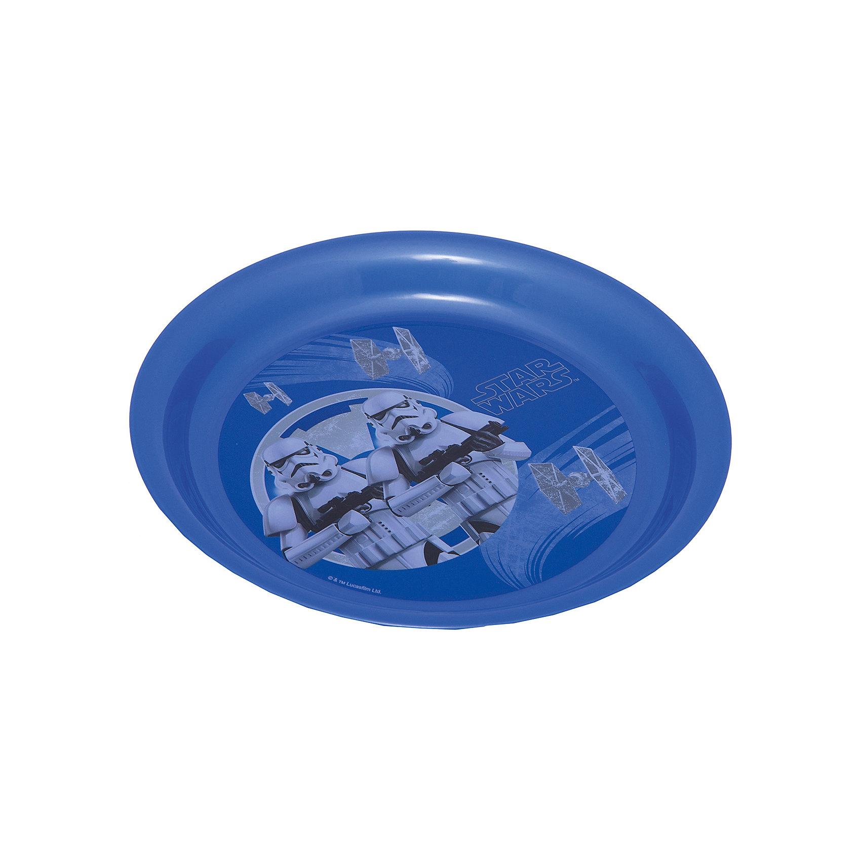 Синяя тарелка Звездные войны (диаметр 19 см), Звездные войныСиняя тарелка Звездные войны (диаметр 19 см), Звездные войны – это отличный подарок для фаната вселенной Star Wars.<br>Тарелка Звездный войны выполнена из полипропилена и оформлена рисунком с изображением имперских штурмовиков. Тарелка не подходит для использования в посудомоечной машине и СВЧ-печи.<br><br>Дополнительная информация:<br><br>- Диаметр: 19 см.<br>- Глубина: 2 см.<br>- Материал: полипропилен<br>- Цвет: синий<br>- Размер упаковки: 19 х 19 х 2 см.<br>- Вес: 45 гр.<br><br>Синюю тарелку Звездные войны (диаметр 19 см), Звездные войны можно купить в нашем интернет-магазине.<br><br>Ширина мм: 190<br>Глубина мм: 190<br>Высота мм: 20<br>Вес г: 45<br>Возраст от месяцев: 36<br>Возраст до месяцев: 120<br>Пол: Унисекс<br>Возраст: Детский<br>SKU: 4536250