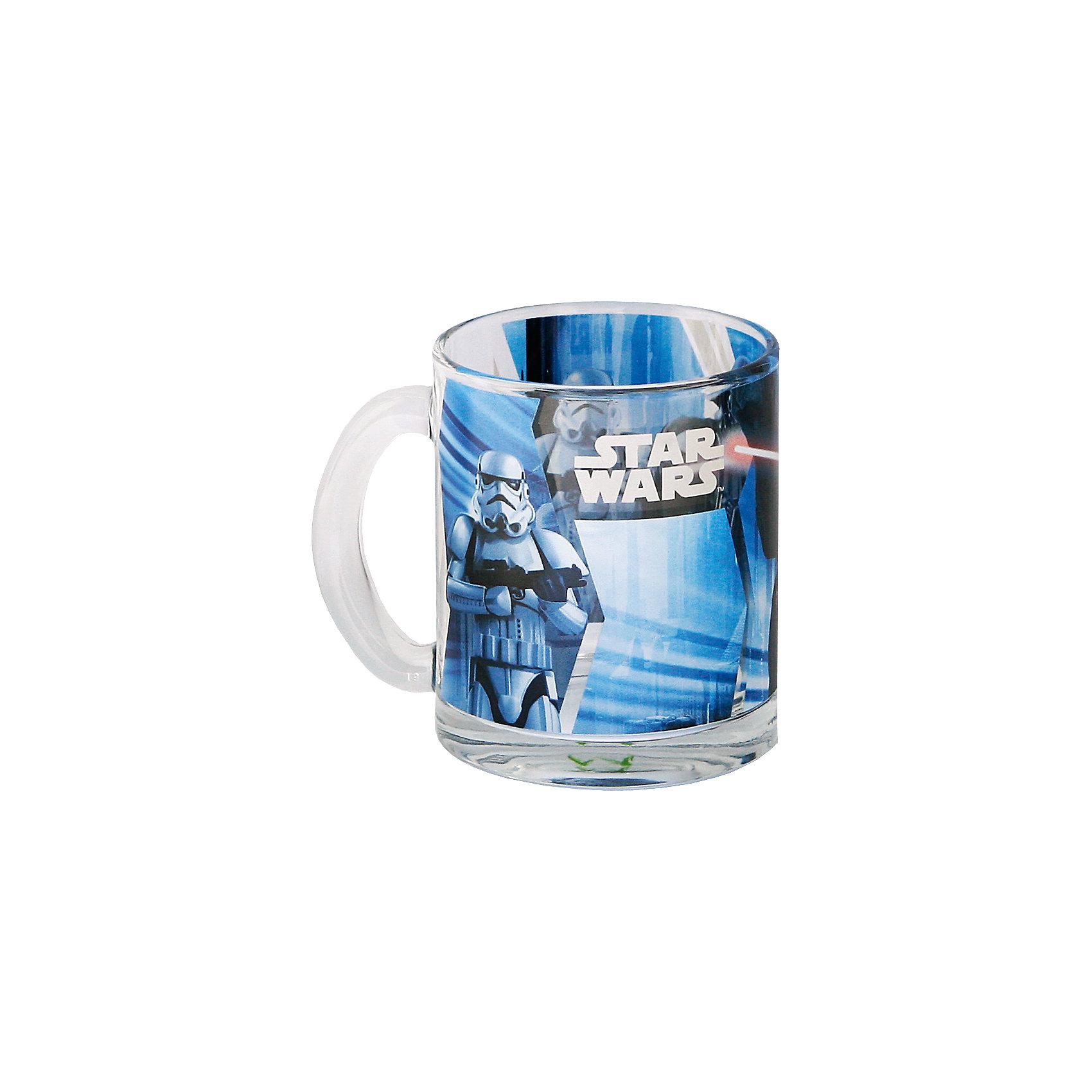 Стеклянная кружка Дарт Вейдер (синяя, 300 мл), Звездные войныСтеклянная кружка Дарт Вейдер (синяя, 300 мл), Звездные войны – оригинальная детская кружка станет приятным сюрпризом для Вашего ребенка.<br>Стеклянная кружка Дарт Вейдер, оформленная ярким рисунком с изображением Тёмного Лорда и имперского штурмовика, идеально подойдет для повседневного использования. Оригинальный дизайн, удобная ручка, высококачественный материал – это основные характерные особенности данного изделия. Товар сертифицирован.<br><br>Дополнительная информация:<br><br>- Объем: 300 мл.<br>- Материал: стекло<br>- Цвет рисунка: синий<br>- Размер: 11 х 8 х 9,5 см.<br>- Вес: 390 гр.<br><br>Стеклянную кружку Дарт Вейдер (синяя, 300 мл), Звездные войны можно купить в нашем интернет-магазине.<br><br>Ширина мм: 110<br>Глубина мм: 80<br>Высота мм: 95<br>Вес г: 390<br>Возраст от месяцев: 36<br>Возраст до месяцев: 192<br>Пол: Унисекс<br>Возраст: Детский<br>SKU: 4536255