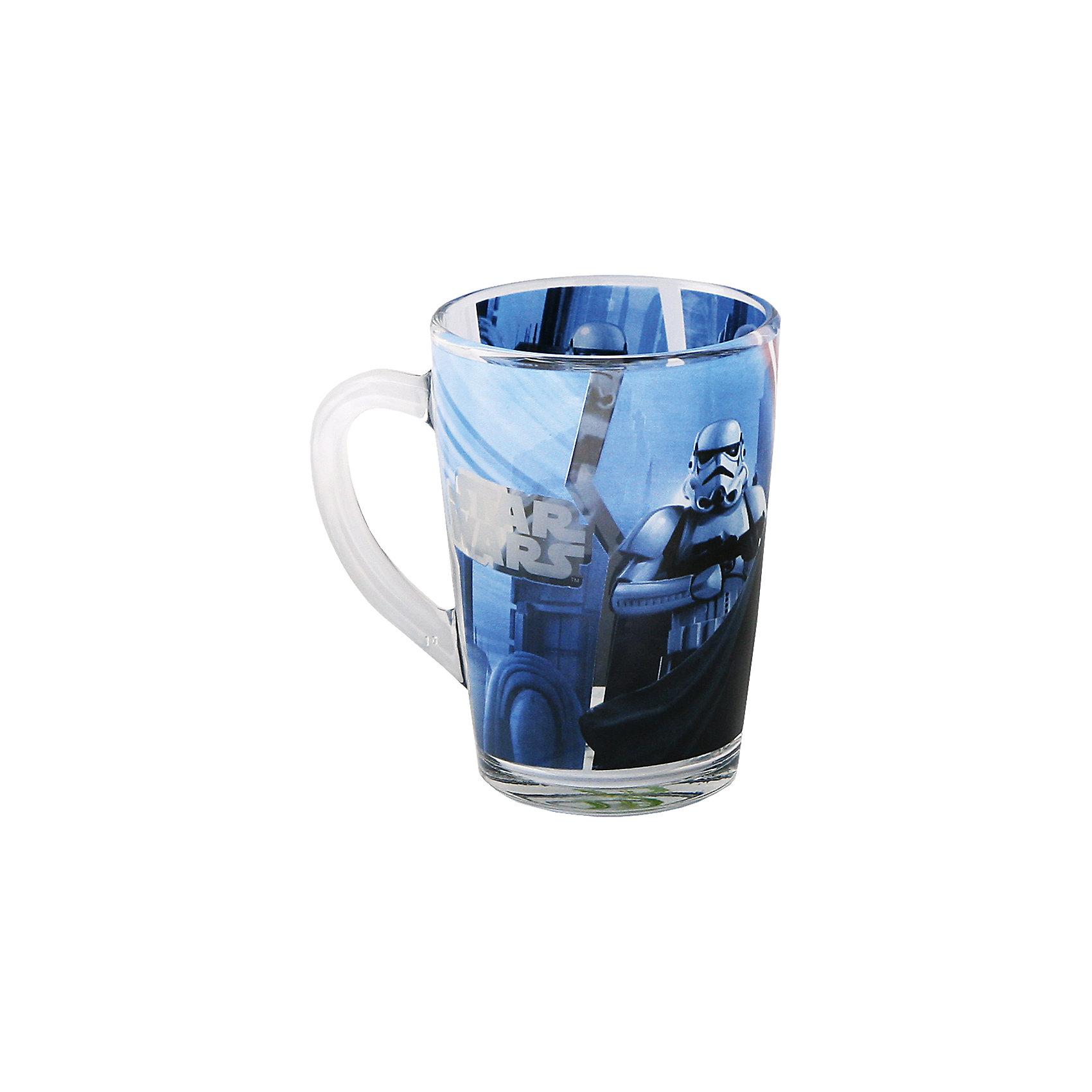 Стеклянная кружка Дарт Вейдер (синяя, 300 мл), Звездные войныСтеклянная кружка Дарт Вейдер (синяя, 300 мл), Звездные войны – оригинальная детская кружка станет приятным сюрпризом для Вашего ребенка.<br>Стеклянная коническая кружка Дарт Вейдер, оформленная ярким рисунком с изображением Тёмного Лорда и имперского штурмовика, идеально подойдет для повседневного использования. Оригинальный дизайн, удобная ручка, высококачественный материал – это основные характерные особенности данного изделия. Товар сертифицирован.<br><br>Дополнительная информация:<br><br>- Объем: 300 мл.<br>- Материал: стекло<br>- Цвет рисунка: синий<br>- Размер: 11 х 8 х 11 см.<br>- Вес: 305 гр.<br><br>Стеклянную кружку Дарт Вейдер (синяя, 300 мл), Звездные войны можно купить в нашем интернет-магазине.<br><br>Ширина мм: 110<br>Глубина мм: 80<br>Высота мм: 110<br>Вес г: 305<br>Возраст от месяцев: 36<br>Возраст до месяцев: 192<br>Пол: Унисекс<br>Возраст: Детский<br>SKU: 4536260