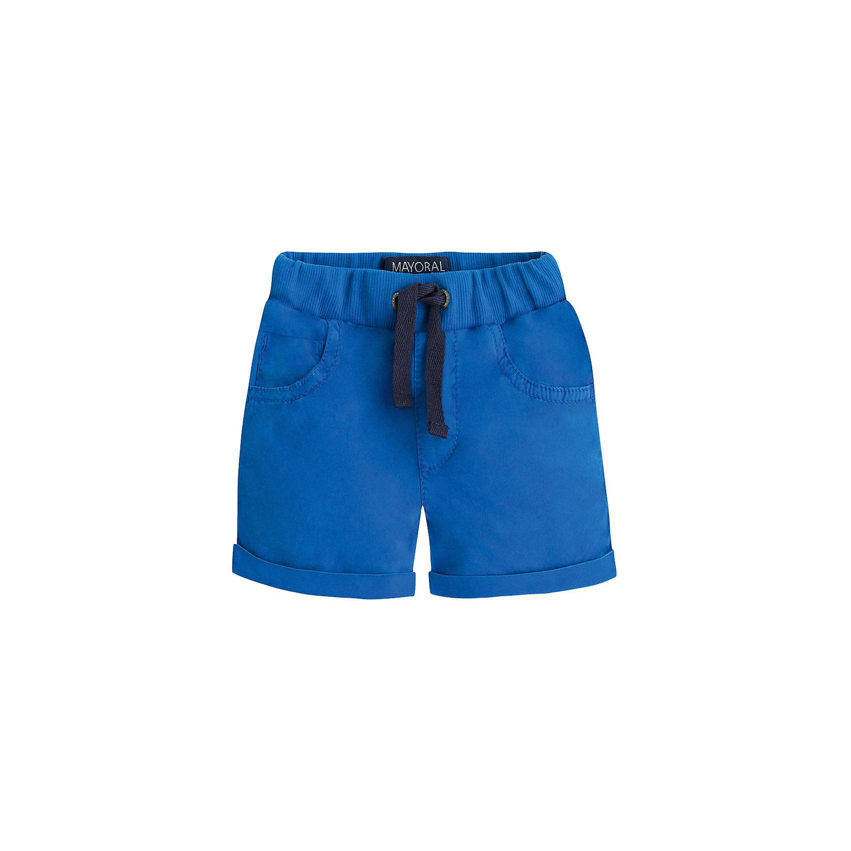 Шорты для мальчика MayoralШорты, бриджи, капри<br>Бриджи для мальчика от известной испанской марки Mayoral - прекрасный вариант для повседневной носки. <br><br>Дополнительная информация:<br><br>- Мягкая трикотажная ткань.<br>- На эластичном поясе с кулиской.<br>- 4 кармана (2 задних, 2 боковых).<br>- Вышивка на заднем кармане. <br>- Состав: 98% хлопок, 2% эластан.<br><br>Бриджи для мальчика Mayoral (Майорал) можно купить в нашем магазине.<br><br>Ширина мм: 191<br>Глубина мм: 10<br>Высота мм: 175<br>Вес г: 273<br>Цвет: разноцветный<br>Возраст от месяцев: 6<br>Возраст до месяцев: 9<br>Пол: Мужской<br>Возраст: Детский<br>Размер: 80,92,86,74<br>SKU: 4537745