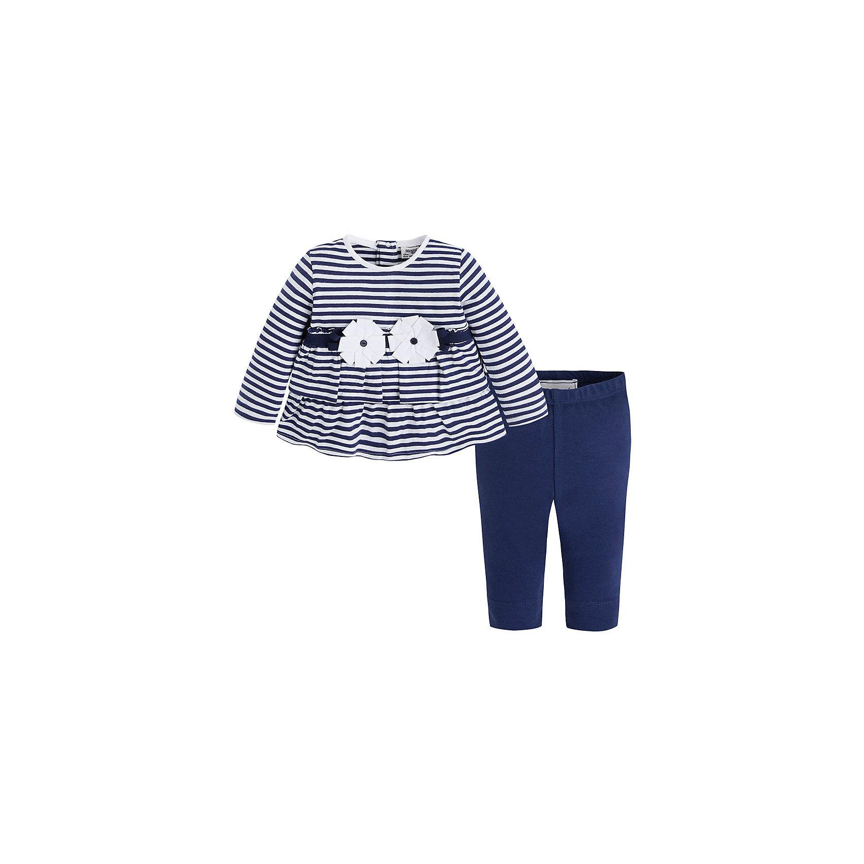 Комплект для девочки: футболка и леггинсы для MayoralКомплект: леггинсы и футболка для девочки от испанской марки Mayoral приведет в восторг юных модниц.<br><br>Дополнительная информация:<br><br>- Мягкая, приятная на ощупь ткань.<br>- Крой футболки: трапеция.<br>- Округлый вырез горловины.<br>- Длинный рукав.<br>- Полосатый принт.<br>- Объемная аппликация в виде цветов. <br>- Застегивается на кнопки на спине. <br>- Леггинсы на эластичном поясе с резинкой.<br>- Отлично смотрятся на фигуре.<br>- Состав: 95% хлопок, 5% эластан. <br><br>Комплект: леггинсы и футболку для девочки Mayoral (Майорал) можно купить в нашем магазине.<br><br>Ширина мм: 199<br>Глубина мм: 10<br>Высота мм: 161<br>Вес г: 151<br>Цвет: синий<br>Возраст от месяцев: 6<br>Возраст до месяцев: 9<br>Пол: Женский<br>Возраст: Детский<br>Размер: 74,92,86,80<br>SKU: 4537918