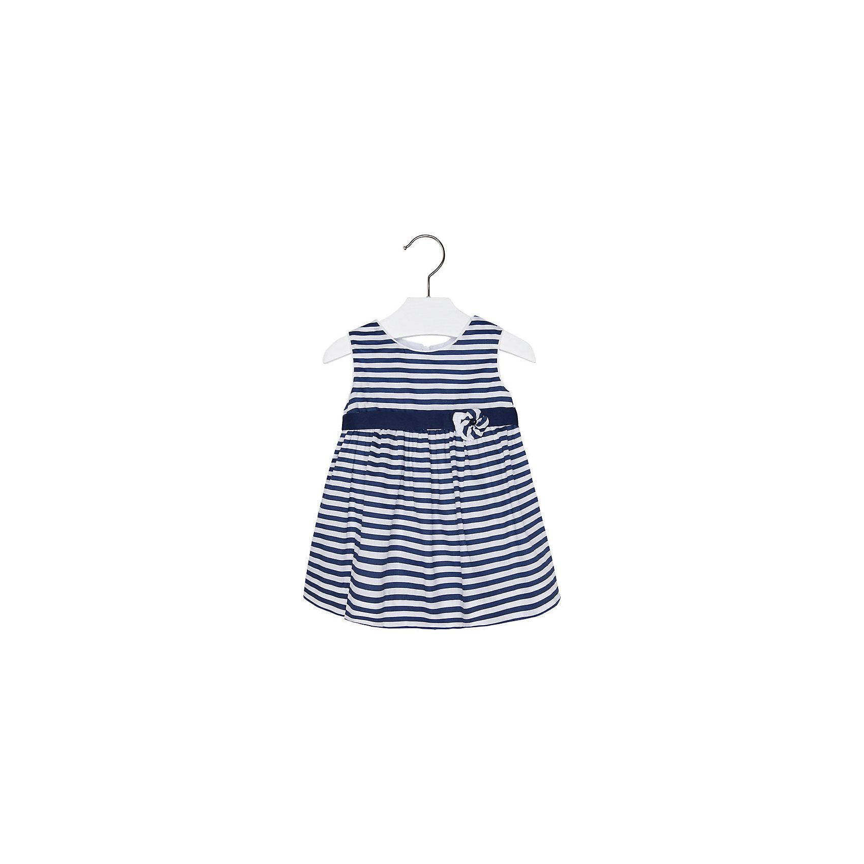 Платье для девочки MayoralОдежда<br>Очаровательное платье для девочки от известной испанской марки Mayoral - прекрасный вариант для теплой погоды. <br><br>Дополнительная информация:<br><br>- Мягкая, приятная к телу ткань. <br>- Округлый вырез горловины.<br>- В контрастную полоску.<br>- Цветок на груди. <br>- Застегивается на молнию и пуговицы на спине. <br>- Состав: верх - 100 % хлопок; подкладка - 35% хлопок, 65 % полиэстер.<br><br>Платье для девочки Mayoral (Майорал) можно купить в нашем магазине.<br><br>Ширина мм: 236<br>Глубина мм: 16<br>Высота мм: 184<br>Вес г: 177<br>Цвет: синий<br>Возраст от месяцев: 9<br>Возраст до месяцев: 12<br>Пол: Женский<br>Возраст: Детский<br>Размер: 80,92,86,74<br>SKU: 4538051