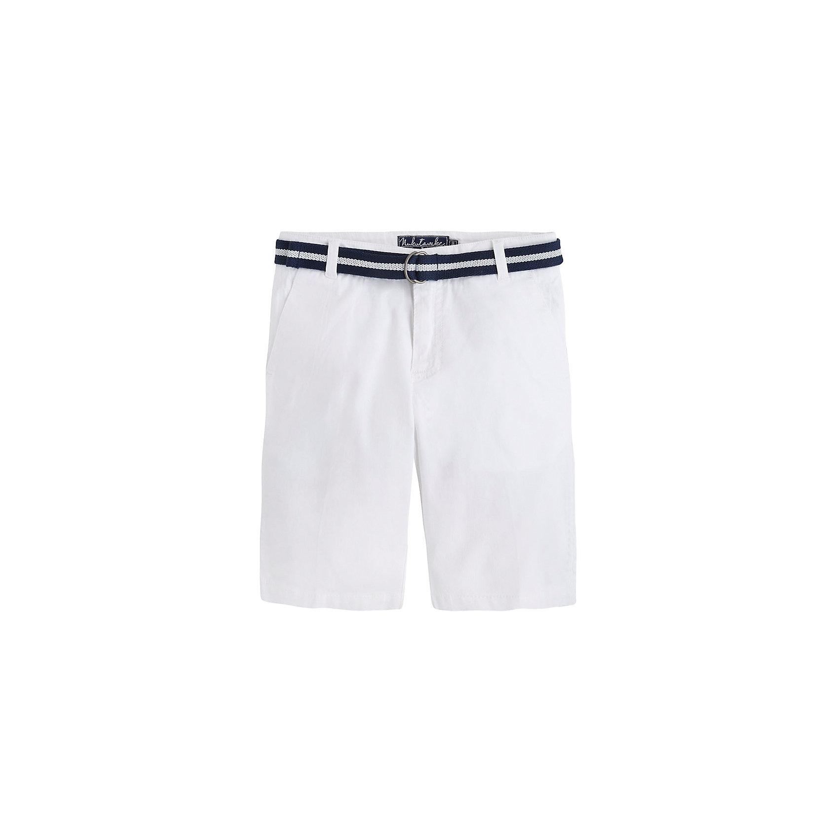 Шорты  для мальчика MayoralШорты, бриджи, капри<br>Шорты  для мальчика от известной испанской марки Mayoral - прекрасный вариант для летнего гардероба юного модника. <br><br>Дополнительная информация:<br><br>- Текстильный пояс в комплекте.<br>- Прямой крой брючин.<br>- Тип застежки: молния, кнопка. <br>- 4 кармана (2 задних, 2 боковых).<br>- Задние карманы декорированы контрастными вставками. <br>- Стильные отвороты.<br>- Регулировка на талии с помощью внутренней резинки.  <br>- Состав: 98% хлопок, 2% эластан.<br><br>Шорты  для мальчика Mayoral (Майорал) можно купить в нашем магазине.<br><br>Ширина мм: 191<br>Глубина мм: 10<br>Высота мм: 175<br>Вес г: 273<br>Цвет: белый<br>Возраст от месяцев: 132<br>Возраст до месяцев: 144<br>Пол: Мужской<br>Возраст: Детский<br>Размер: 152,158,164,140,128<br>SKU: 4538360