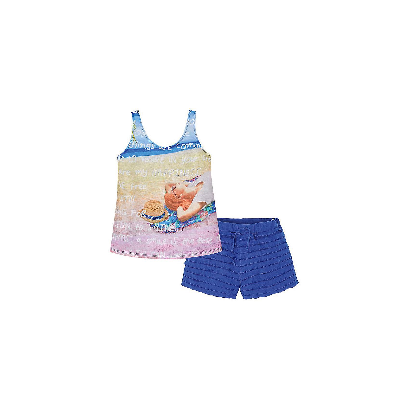 Комплект для девочки: футболка и шорты MayoralКомплект для девочки: футболка и шорты для от известной испанской марки Mayoral - идеальный вариант для жаркой погоды! <br><br>Дополнительная информация:<br><br>- Приятная к телу ткань. <br>- Округлый вырез горловины.<br>- Футболка с бантом и небольшим кокетливым вырезом на спине. <br>- Шорты с оборками. <br>- На эластичном поясе с кулиской. <br>- Футболка декорирована актуальным печатным принтом. <br>- Состав: 100% полиэстер.<br><br><br>Комплект для девочки: футболка и шорты Mayoral (Майорал) можно купить в нашем магазине.<br><br>Ширина мм: 199<br>Глубина мм: 10<br>Высота мм: 161<br>Вес г: 151<br>Цвет: синий<br>Возраст от месяцев: 156<br>Возраст до месяцев: 1188<br>Пол: Женский<br>Возраст: Детский<br>Размер: 164,140,170,158,152,128<br>SKU: 4538423