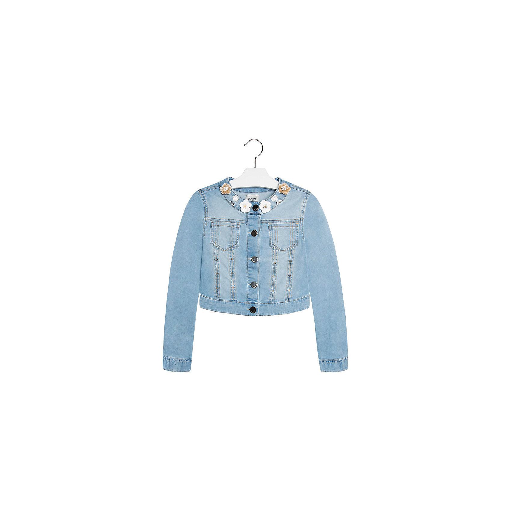 Куртка джинсовая для девочки MayoralВетровки и жакеты<br>Куртка для девочки от известной испанской марки Mayoral подчеркнет индивидуальность юной модницы. <br><br>Дополнительная информация:<br><br>- Стильный дизайн.<br>- Застегивается на молнию.<br>- Манжеты рукавов на пуговицах.<br>- 2 кармана на груди.<br>- Аппликация в виде цветов.<br>- Ассиметричный низ (сзади короче). <br>- Состав: 98% хлопок, 2% эластан. <br><br>Куртку для девочки Mayoral (Майорал) можно купить в нашем магазине.<br><br>Ширина мм: 356<br>Глубина мм: 10<br>Высота мм: 245<br>Вес г: 519<br>Цвет: синий<br>Возраст от месяцев: 132<br>Возраст до месяцев: 144<br>Пол: Женский<br>Возраст: Детский<br>Размер: 128,170,158,164,152,140<br>SKU: 4538510