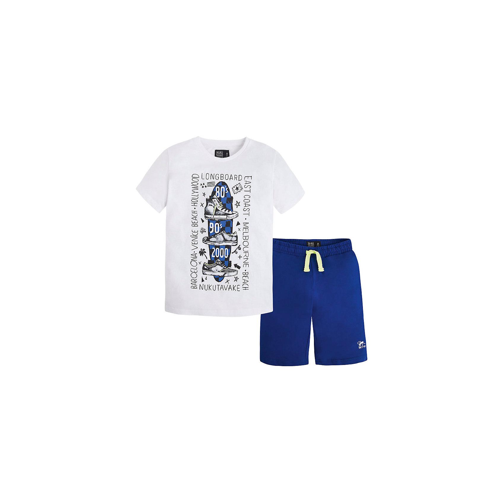 Комплект для мальчика: футболка и шорты MayoralКомплект для мальчика от известной испанской марки Mayoral - прекрасный вариант для жаркой погоды.<br><br>Дополнительная информация:<br><br>- Шорты и футболка.<br>- Мягкая трикотажная ткань<br>- Округлый вырез горловины.<br>- Футболка декорирована ярким принтом.<br>- Шорты прямого кроя.<br>- На эластичном поясе с кулиской.<br>- Состав: 65 % полиэстер, 35 % хлопок.<br><br>Комплект для мальчика Mayoral (Майорал) можно купить в нашем магазине.<br><br>Ширина мм: 199<br>Глубина мм: 10<br>Высота мм: 161<br>Вес г: 151<br>Цвет: синий<br>Возраст от месяцев: 84<br>Возраст до месяцев: 96<br>Пол: Мужской<br>Возраст: Детский<br>Размер: 128,164,140,152,158<br>SKU: 4538686