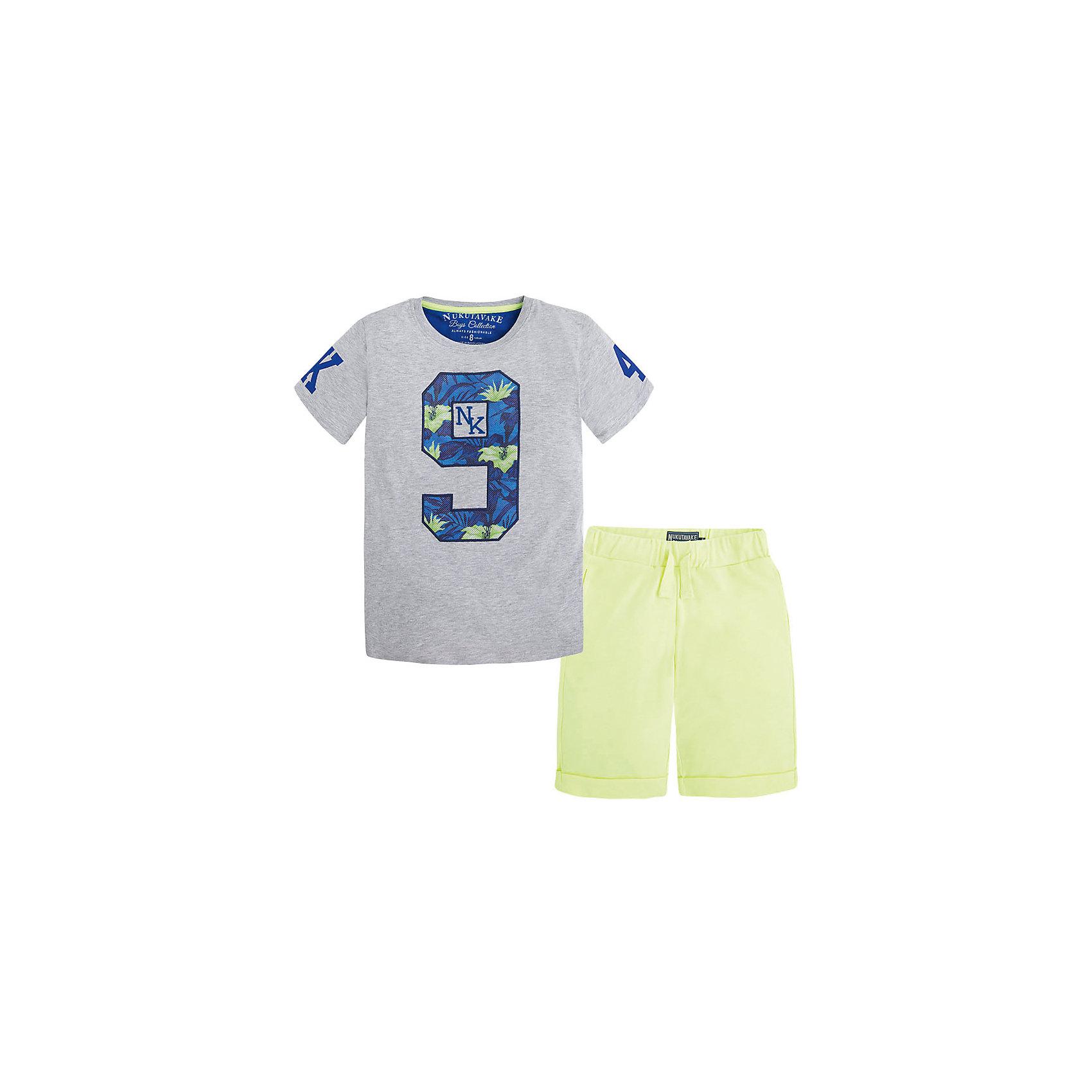 Комплект для мальчика: футболка и шорты MayoralКомплект для мальчика: футболка и шорты от известной испанской марки Mayoral - прекрасный вариант для жаркой погоды.<br><br>Дополнительная информация:<br><br>- Мягкая трикотажная ткань<br>- Округлый вырез горловины.<br>- Горловина в рубчик.<br>- Майка с ярким принтом на груди и рукавах. <br>- Шорты прямого кроя, с отворотами.<br>- На эластичном поясе с кулиской.<br>- 2 боковых кармана. <br>- Состав: 93 % хлопок, 7% полиэстер. <br><br>Комплект для мальчика: футболку и шорты Mayoral (Майорал) можно купить в нашем магазине.<br><br>Ширина мм: 199<br>Глубина мм: 10<br>Высота мм: 161<br>Вес г: 151<br>Цвет: серый<br>Возраст от месяцев: 132<br>Возраст до месяцев: 144<br>Пол: Мужской<br>Возраст: Детский<br>Размер: 152,164,140,158,128<br>SKU: 4538692