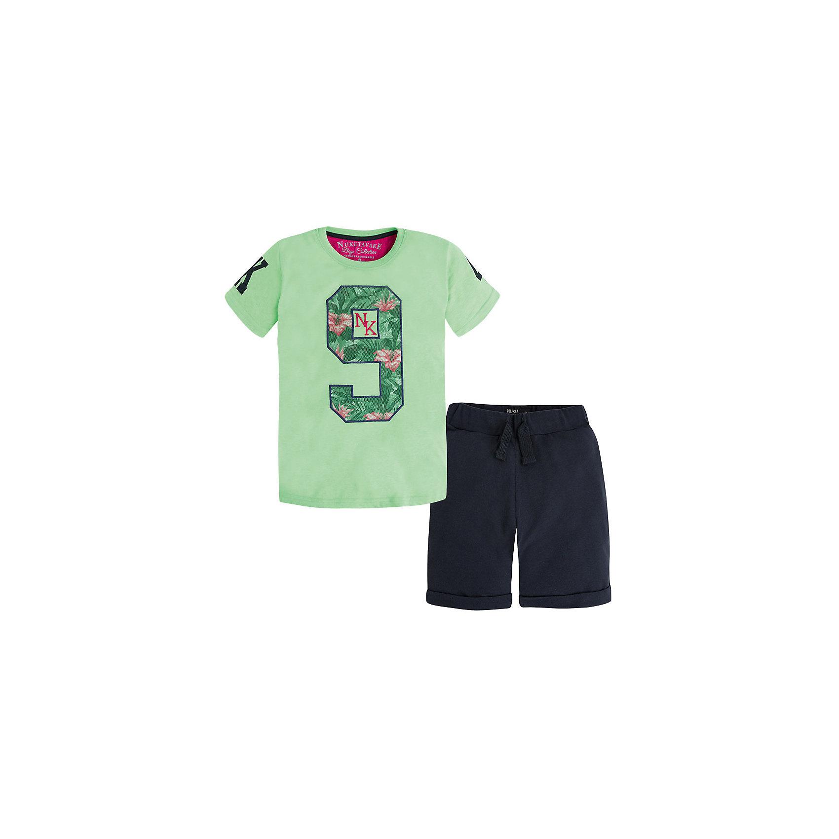 Комплект для мальчика: футболка и шорты MayoralСпортивная форма<br>Комплект для мальчика от известной испанской марки Mayoral - прекрасный вариант для жаркой погоды.<br><br>Дополнительная информация:<br><br>- Футболка, шорты.<br>- Мягкая трикотажная ткань<br>- Округлый вырез горловины.<br>- Горловина и пройма в рубчик.<br>- Футболка декорирована аппликацией и вышивкой.<br>- Шорты прямого кроя, с отворотами.<br>- На эластичном поясе с кулиской.<br>- Карман сзади. <br>- Состав: 100 % хлопок.<br><br>Комплект для мальчика Mayoral (Майорал) можно купить в нашем магазине.<br><br>Ширина мм: 199<br>Глубина мм: 10<br>Высота мм: 161<br>Вес г: 151<br>Цвет: разноцветный<br>Возраст от месяцев: 84<br>Возраст до месяцев: 96<br>Пол: Мужской<br>Возраст: Детский<br>Размер: 128,140,164,158,152<br>SKU: 4538698