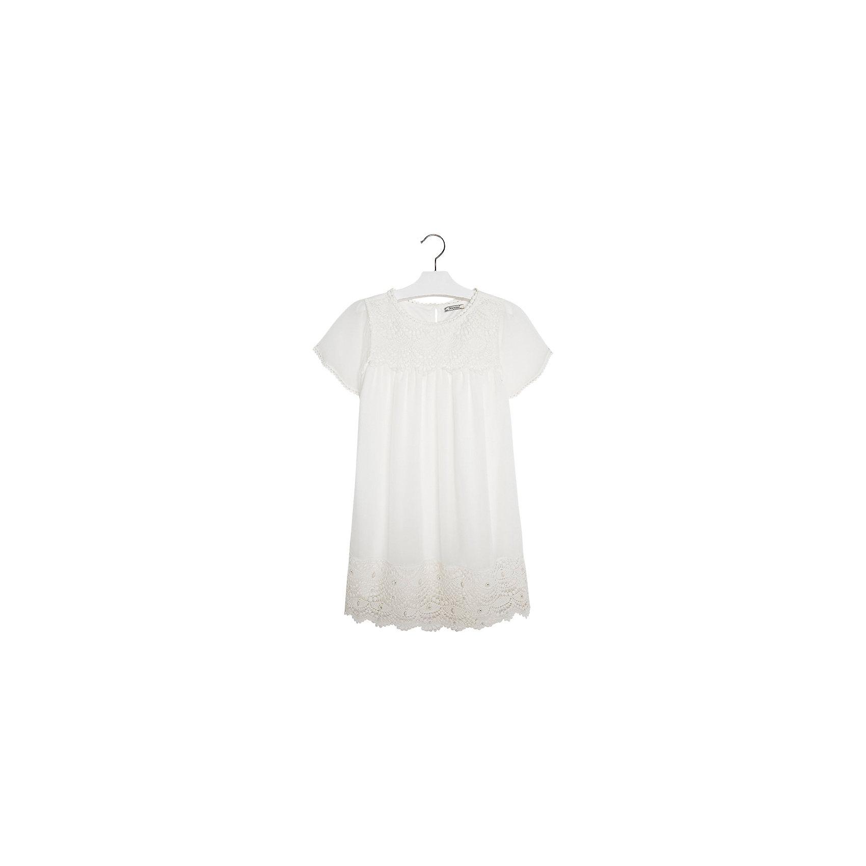 Платье для девочки MayoralПлатье от известной испанской марки Mayoral  - прекрасный вариант для юных модниц. <br><br>Дополнительная информация:<br><br>- Двухслойная ткань.<br>- Прямой крой.<br>- Рукава, низ и грудь декорированы нежным кружевом. <br>- Застегивается на пуговицу на спине. <br>- Состав: верх - 100% полиэстер, подкладка - 100% полиэстер.<br><br>Платье Mayoral (Майорал) можно купить в нашем магазине.<br><br>Ширина мм: 236<br>Глубина мм: 16<br>Высота мм: 184<br>Вес г: 177<br>Цвет: бежевый<br>Возраст от месяцев: 84<br>Возраст до месяцев: 96<br>Пол: Женский<br>Возраст: Детский<br>Размер: 128,170,164,152,140,158<br>SKU: 4538971