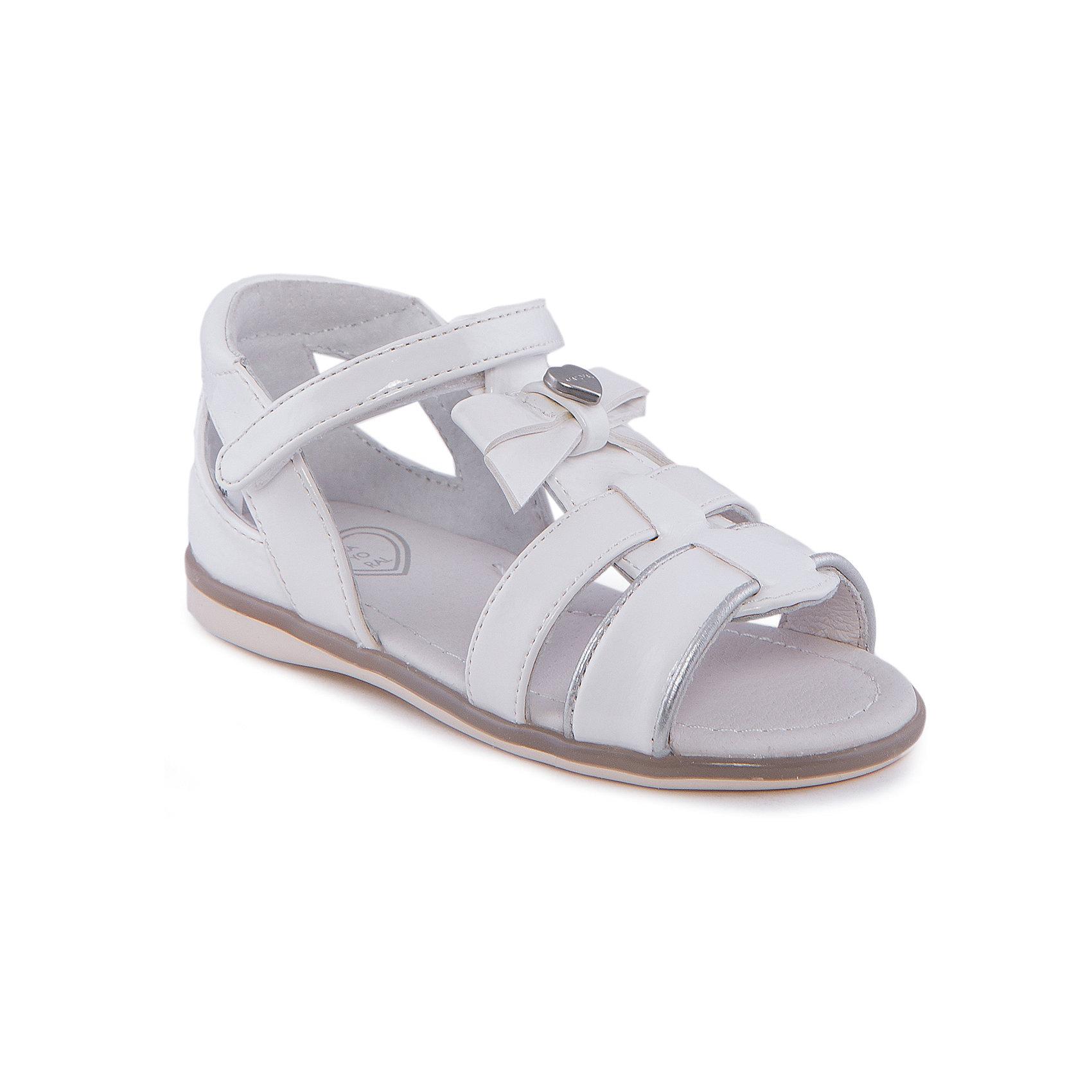 Сандалии для девочки MayoralСандалии для девочки от известной марки Mayoral<br><br>Белые удобные сандалии дополнят образ девочки в новом весенне-летнем сезоне. Эта модель разработала специально для девочек, любящих платья и юбки - именно с женственными моделями такие туфли смотрятся особенно хорошо. Сделаны они из легкого, но прочного материала. Комфортно садятся по ноге и не натирают.<br><br>Особенности модели:<br><br>- цвет: белый;<br>- плоская нескользящая подошва;<br>- материал - лакированная искусственная кожа;<br>- застежка-липучка;<br>- декорирована бантом;<br>- впереди - металлический логотип в виде сердца.<br><br>Дополнительная информация:<br><br>Состав: верх - искусственная кожа;<br>стелька - натуральная кожа;<br>подошва - полиуретан.<br><br>Сандалии для девочки от Mayoral (Майорал) можно купить в нашем магазине.<br><br>Ширина мм: 219<br>Глубина мм: 154<br>Высота мм: 121<br>Вес г: 343<br>Цвет: белый<br>Возраст от месяцев: 15<br>Возраст до месяцев: 18<br>Пол: Женский<br>Возраст: Детский<br>Размер: 22,21,26,23,25,27,24<br>SKU: 4539405