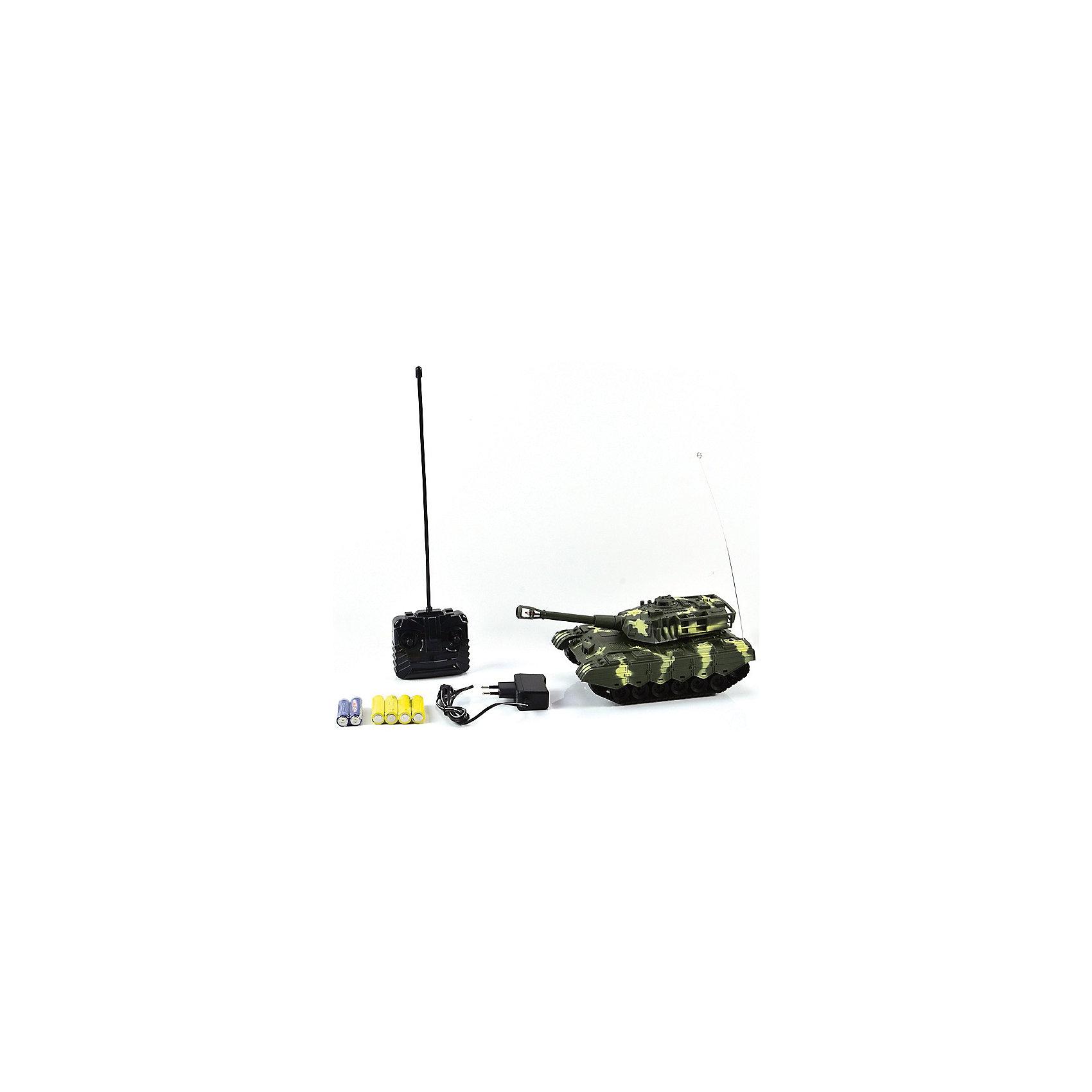 Танк МТ-72, со светом и звуком, на радиоуправлении, Mioshi ArmyВоенный транспорт<br>Танк МТ-72 на радиоуправлении порадует всех юных любителей военной техники. Игрушка является уменьшенной точной копией настоящего танка и выполнена в масштабе 1:28. Танк управляется с помощью пульта радиоуправления, может двигаться во всех направлениях, поворачивать башню на 360 градусов, пушка поднимается и опускается. Во время передвижения слышен звук движущейся машины, шум поворота пушки и звук выстрела. Имеются световые эффекты. Питание осуществляется от аккумулятора (входит в комплекте поставки вместе с зарядным устройством). Игрушка выполнена из качественного и прочного материала, упакована в яркую подарочную коробку. Высокое качество и надежность обеспечивают танку Mioshi Army долгий срок эксплуатации.<br><br>Дополнительная информация:<br><br>- В комплекте: танк, пульт дистанционного управления, зарядное устройство, аккумуляторная батарея, инструкция. <br>- Требуются батарейки (входят в комплект).<br>- Материал: пластик.<br>- Размер танка: 26 см.<br>- Размер: 29 х 15 х 14 см.<br>- Вес: 0,472 кг.<br><br>Танк МТ-72, со светом и звуком, на радиоуправлении, Mioshi Army, можно купить в нашем интернет-магазине.<br><br>Ширина мм: 290<br>Глубина мм: 150<br>Высота мм: 140<br>Вес г: 472<br>Возраст от месяцев: 36<br>Возраст до месяцев: 72<br>Пол: Мужской<br>Возраст: Детский<br>SKU: 4540562