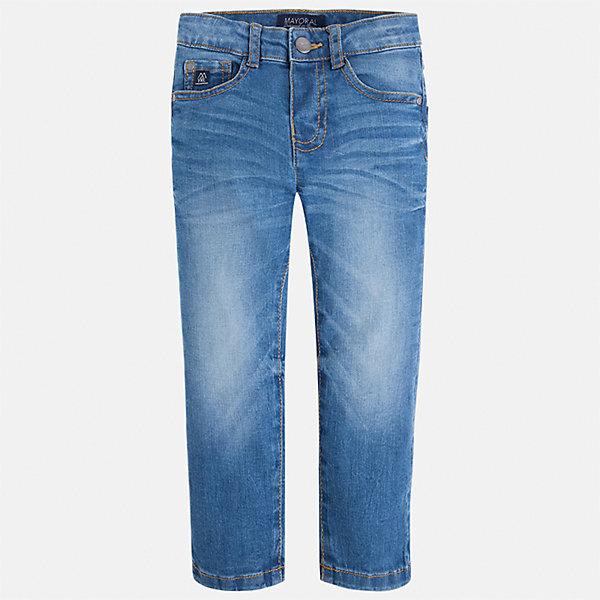 Джинсы для мальчика MayoralДжинсы<br>Характеристики товара:<br><br>• цвет: синий<br>• состав: 99% хлопок, 1% эластан<br>• шлевки<br>• карманы<br>• пояс с регулировкой объема<br>• эффект потертостей<br>• страна бренда: Испания<br><br>Джинсовые брюки для мальчика смогут стать базовой вещью в гардеробе ребенка. Они отлично сочетаются с майками, футболками, куртками и т.д. Универсальный крой и цвет позволяет подобрать к вещи верх разных расцветок. Практичное и стильное изделие! В составе материала - натуральный хлопок, гипоаллергенный, приятный на ощупь, дышащий.<br><br>Одежда, обувь и аксессуары от испанского бренда Mayoral полюбились детям и взрослым по всему миру. Модели этой марки - стильные и удобные. Для их производства используются только безопасные, качественные материалы и фурнитура. Порадуйте ребенка модными и красивыми вещами от Mayoral! <br><br>Джинсы для мальчика от испанского бренда Mayoral (Майорал) можно купить в нашем интернет-магазине.<br><br>Ширина мм: 215<br>Глубина мм: 88<br>Высота мм: 191<br>Вес г: 336<br>Цвет: синий<br>Возраст от месяцев: 36<br>Возраст до месяцев: 48<br>Пол: Мужской<br>Возраст: Детский<br>Размер: 104,110,92,116,122,98,134,128<br>SKU: 4541073