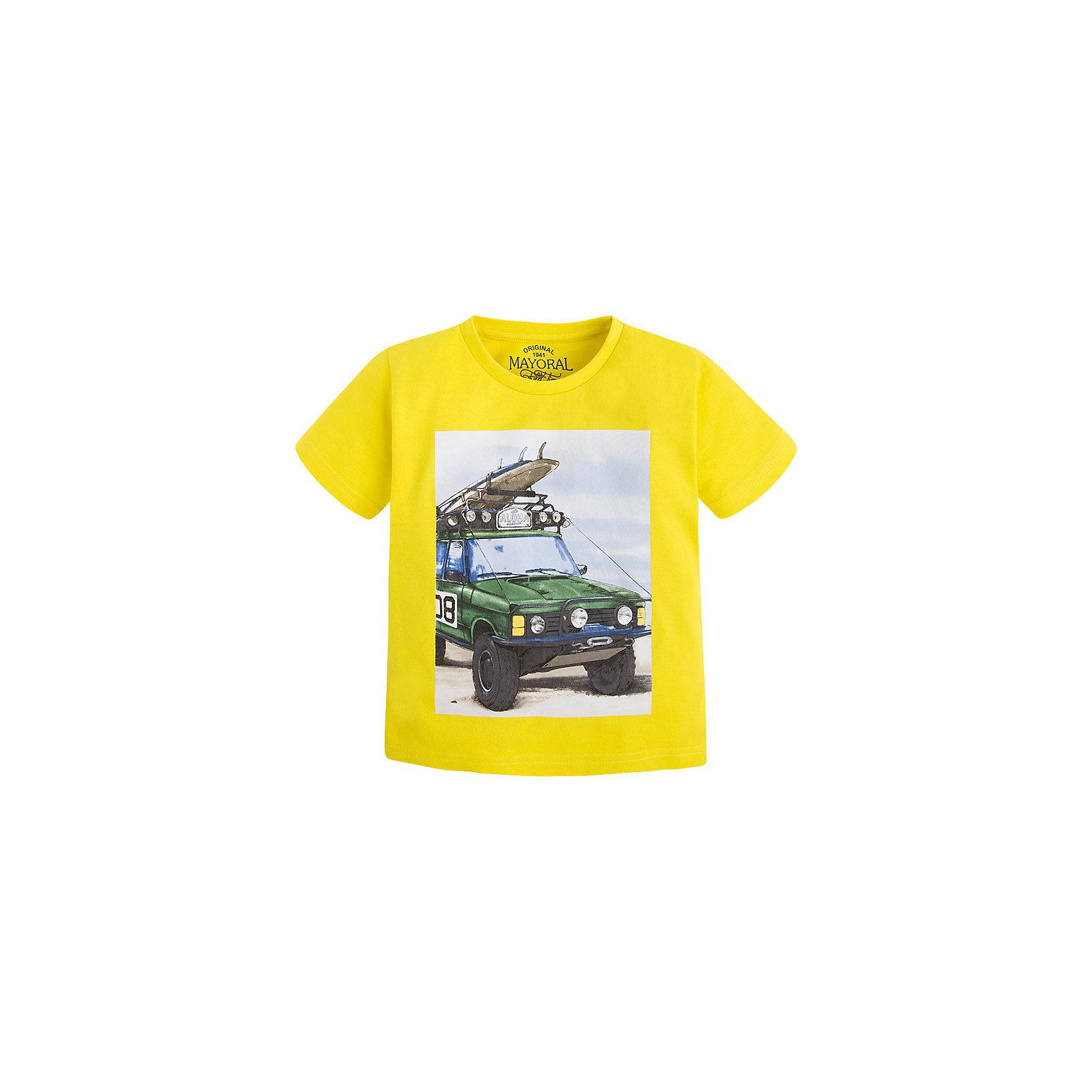 Футболка для мальчика MayoralФутболка для мальчика от известной испанской марки Mayoral <br><br>Стильная футболка от Mayoral - отличный вариант одежды на каждый день! Она прекрасно сочетается с джинсами и шортами.  Модель выполнена из качественных материалов, отлично сидит по фигуре.<br><br>Особенности модели:<br><br>- цвет: желтый;<br>- рукава короткие;<br>- украшена принтом;<br>- натуральный материал.<br><br>Дополнительная информация:<br><br>Состав: 100% хлопок<br><br>Футболку для мальчика Mayoral (Майорал) можно купить в нашем магазине.<br><br>Ширина мм: 199<br>Глубина мм: 10<br>Высота мм: 161<br>Вес г: 151<br>Цвет: оранжевый<br>Возраст от месяцев: 96<br>Возраст до месяцев: 108<br>Пол: Мужской<br>Возраст: Детский<br>Размер: 134,128,110,98,104,116,122<br>SKU: 4541389