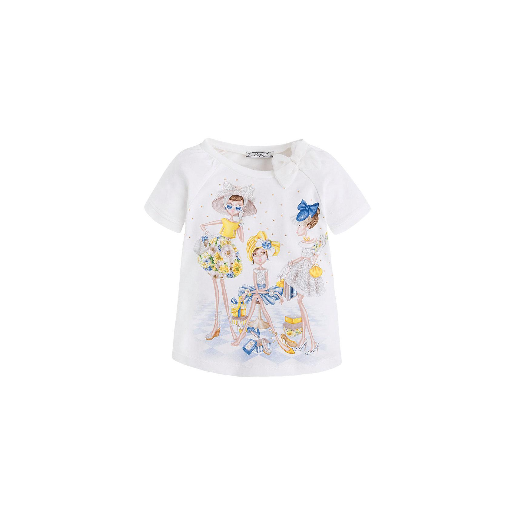 Футболка для девочки MayoralФутболка для девочки от известной испанской марки Mayoral <br><br>Очень красивая  футболка от Mayoral - отличный вариант летней одежды для девочек! Выглядит нарядно и оригинально. Модель выполнена из качественных материалов, отлично сидит по фигуре.<br><br>Особенности модели:<br><br>- цвет: белый;<br>- рукава короткие, реглан, со сборками;<br>- украшена принтом и стразами;<br>- эластичный материал.<br><br>Дополнительная информация:<br><br>Состав: 92% хлопок, 8% эластан<br><br>Футболку для девочки Mayoral (Майорал) можно купить в нашем магазине.<br><br>Ширина мм: 199<br>Глубина мм: 10<br>Высота мм: 161<br>Вес г: 151<br>Цвет: желтый<br>Возраст от месяцев: 60<br>Возраст до месяцев: 72<br>Пол: Женский<br>Возраст: Детский<br>Размер: 116,110,134,128,122,98,92,104<br>SKU: 4541510