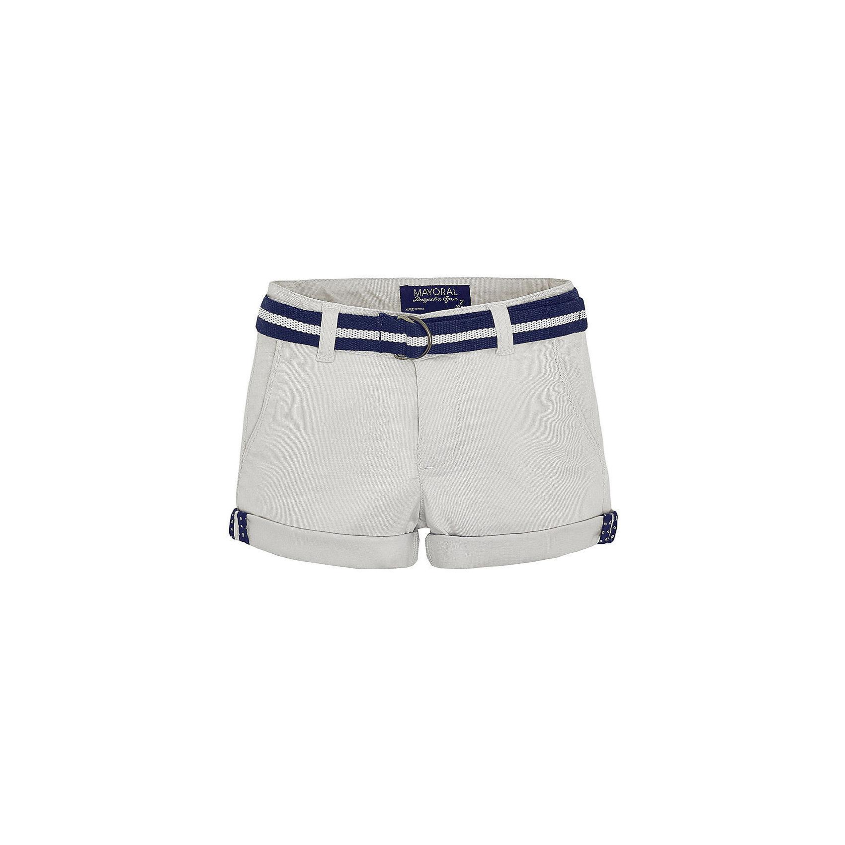 Шорты для мальчика MayoralШорты для мальчика от известной испанской марки Mayoral <br><br>Легкие шорты от Mayoral прекрасно сочетаются с футболками и рубашками. Пояс регулируется с помощью внутренней резинки. Модель выполнена из качественных материалов, отлично сидит по фигуре.<br><br>Особенности модели:<br><br>- цвет: серый;<br>- в комплекте - текстильный ремень;<br>- наличие карманов;<br>- отвороты;<br>- шлевки для ремня;<br>- внутренние резинки для регулировки пояса.<br><br>Дополнительная информация:<br><br>Состав: 98% хлопок, 2% эластан<br><br>Шорты для мальчика Mayoral (Майорал) можно купить в нашем магазине.<br><br>Ширина мм: 191<br>Глубина мм: 10<br>Высота мм: 175<br>Вес г: 273<br>Цвет: серый<br>Возраст от месяцев: 96<br>Возраст до месяцев: 108<br>Пол: Мужской<br>Возраст: Детский<br>Размер: 134,98,104,92,128,122,116,110<br>SKU: 4541871