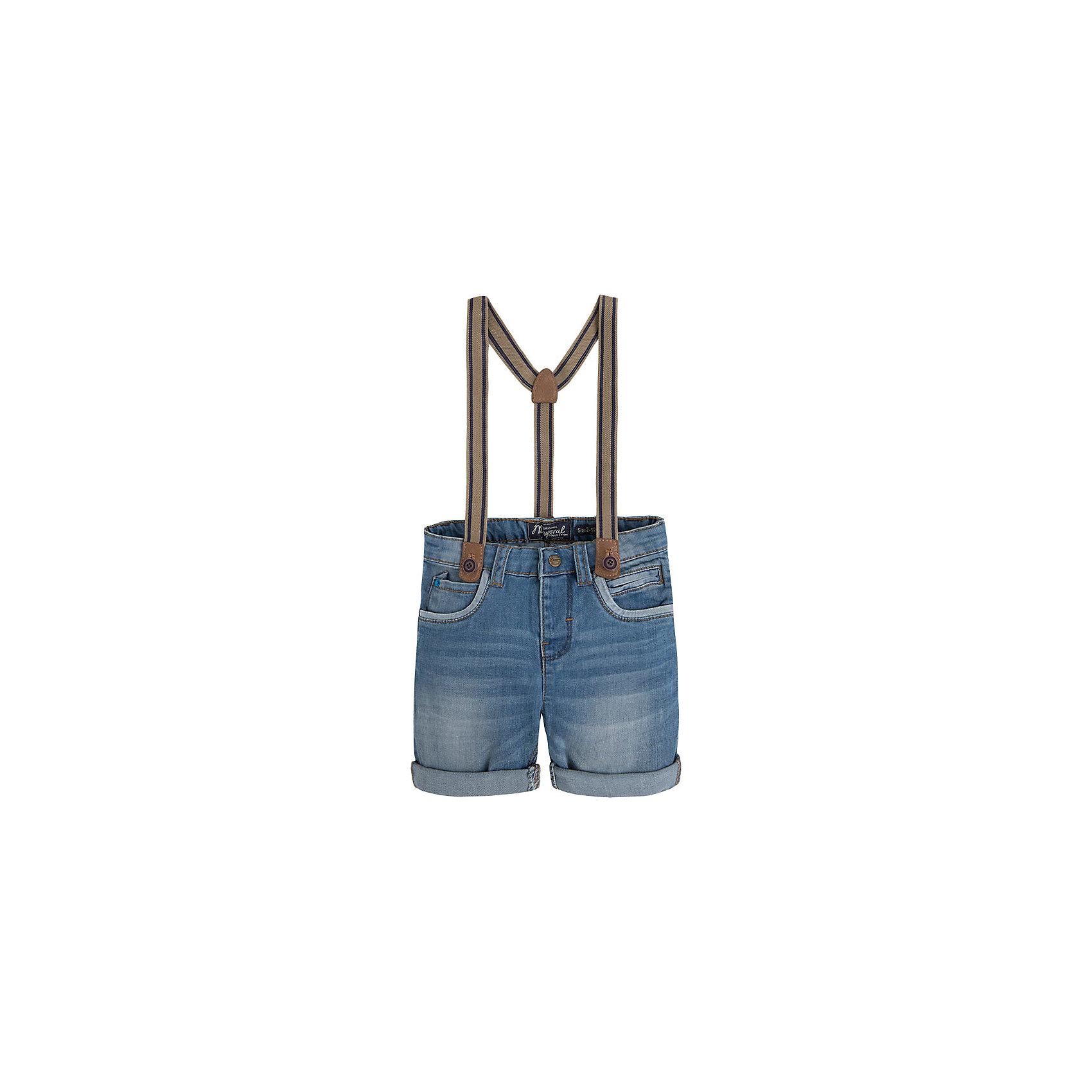 Бриджи для мальчика MayoralБриджи для мальчика от известной испанской марки Mayoral <br><br>Стильные джинсовые бриджи от Mayoral. Они прекрасно сочетаются с разными вещами. Пояс регулируется с помощью резинки. Модель выполнена из качественных материалов, отлично сидит по фигуре.<br><br>Особенности модели:<br><br>- цвет: синий;<br>- отвороты;<br>- наличие карманов;<br>- в комплекте - подтяжки;<br>- внутренние резинки для регулировки пояса.<br><br>Дополнительная информация:<br><br>Состав: 98% хлопок, 2% эластан<br>Бриджи для мальчика Mayoral (Майорал) можно купить в нашем магазине.<br><br>Ширина мм: 191<br>Глубина мм: 10<br>Высота мм: 175<br>Вес г: 273<br>Цвет: голубой<br>Возраст от месяцев: 96<br>Возраст до месяцев: 108<br>Пол: Мужской<br>Возраст: Детский<br>Размер: 134,128,110,122,116,104,98<br>SKU: 4541920