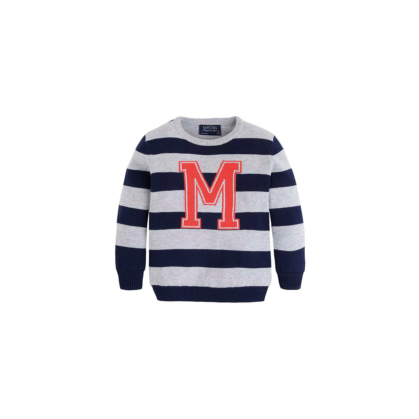 Свитер для мальчика MayoralСвитер для мальчика от известной испанской марки Mayoral <br><br>Модный свитер от Mayoral актуален в прохладную погоду. Он прекрасно сочетается с джинсами и брюками.  Модель выполнена из качественных материалов, отлично садится по фигуре.<br><br>Особенности модели:<br><br>- цвет: синий;<br>- рукава длинные;<br>- принт -  буква М;<br>- низ и конец рукавов - резинки;<br>- натуральный материал.<br><br>Дополнительная информация:<br><br>Состав: 100% хлопок<br><br>Свитер для мальчика Mayoral (Майорал) можно купить в нашем магазине.<br><br>Ширина мм: 190<br>Глубина мм: 74<br>Высота мм: 229<br>Вес г: 236<br>Цвет: синий<br>Возраст от месяцев: 18<br>Возраст до месяцев: 24<br>Пол: Мужской<br>Возраст: Детский<br>Размер: 92,104,116,122,134,128,98,110<br>SKU: 4542033