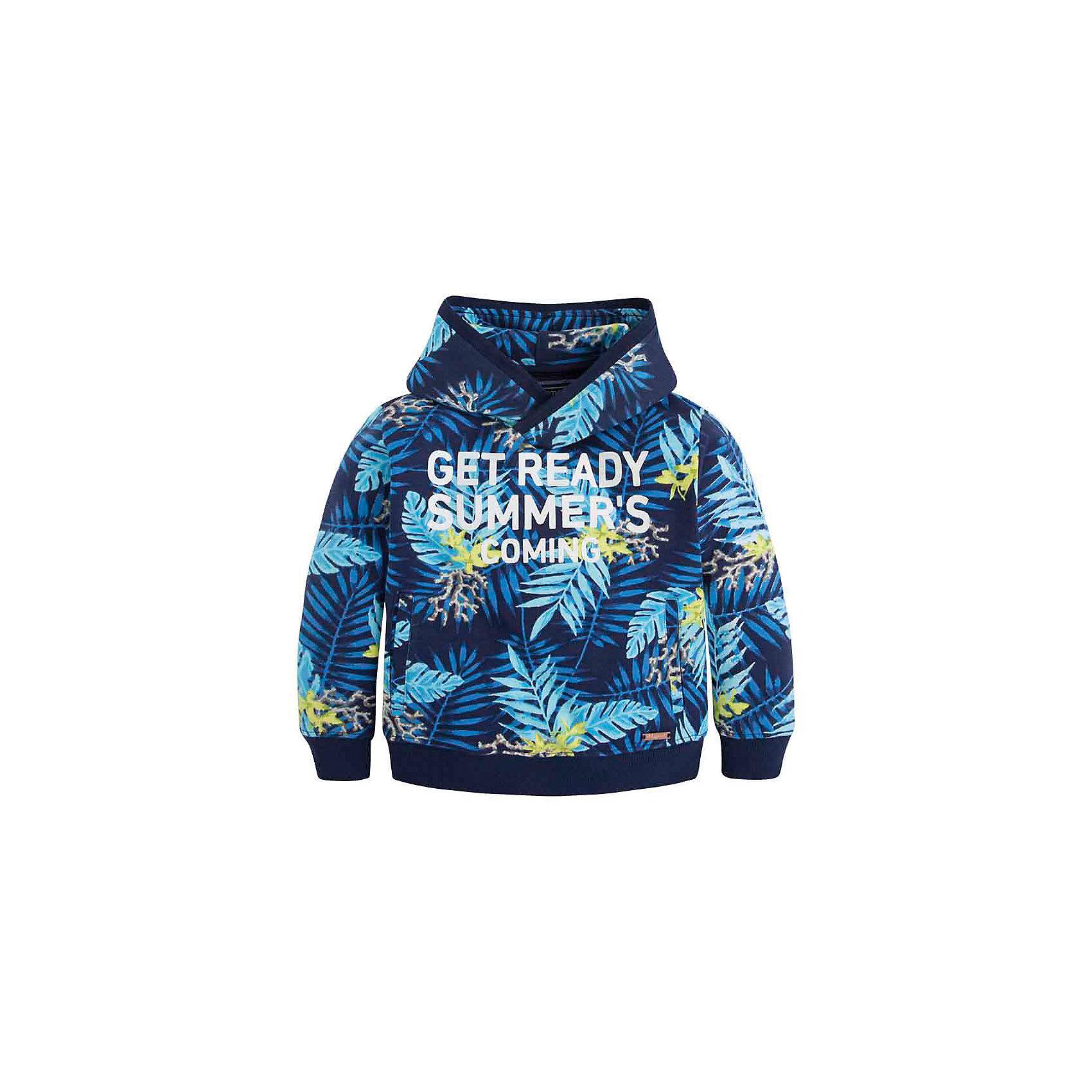 Толстовка для мальчика MayoralСвитер для мальчика от известной испанской марки Mayoral <br><br>Модный свитер от Mayoral актуален в прохладную погоду. Он прекрасно сочетается с джинсами и брюками.  Модель выполнена из качественных материалов, отлично садится по фигуре.<br><br>Особенности модели:<br><br>- цвет: синий;<br>- рукава длинные;<br>- принт;<br>- низ и конец рукавов - резинки;<br>- капюшон.<br><br>Дополнительная информация:<br><br>Состав: 100% хлопок<br><br>Свитер для мальчика Mayoral (Майорал) можно купить в нашем магазине.<br><br>Ширина мм: 190<br>Глубина мм: 74<br>Высота мм: 229<br>Вес г: 236<br>Цвет: серый<br>Возраст от месяцев: 84<br>Возраст до месяцев: 96<br>Пол: Мужской<br>Возраст: Детский<br>Размер: 128,98,116,110,134,122,104<br>SKU: 4542084