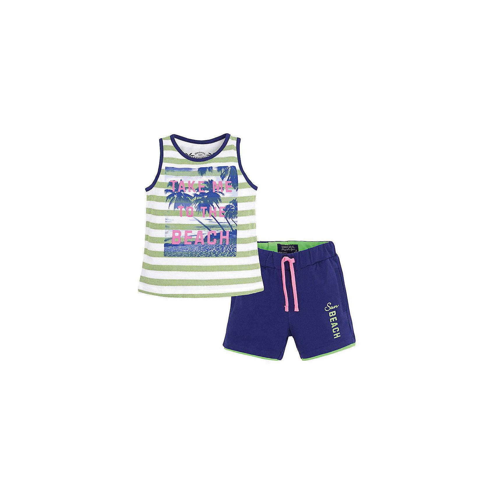 Комплект для мальчика: майка и шорты MayoralКомплект: футболка и шорты для мальчика от известной испанской марки Mayoral <br><br>Модная футболка с шортами от Mayoral особенно актуальны в теплое время года! Она прекрасно сочетаются и с другими вещами.  Модель выполнена из качественных материалов, отлично сидит по фигуре.<br><br>Особенности модели:<br><br>- цвет: синий, зеленый;<br>- принт;<br>- шорты - на резинке и шнурке;<br>- натуральный материал.<br><br>Дополнительная информация:<br><br>Состав: 100% хлопок<br><br>Комплект: футболка и шорты для мальчика Mayoral (Майорал) можно купить в нашем магазине.<br><br>Ширина мм: 191<br>Глубина мм: 10<br>Высота мм: 175<br>Вес г: 273<br>Цвет: зеленый<br>Возраст от месяцев: 72<br>Возраст до месяцев: 84<br>Пол: Мужской<br>Возраст: Детский<br>Размер: 116,122,98,128,104,110,134<br>SKU: 4542666