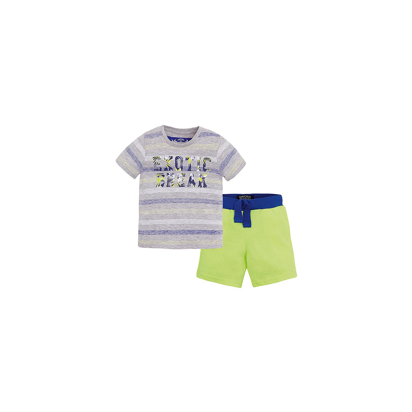 Комплект для мальчика: футболка и шорты MayoralКомплект: футболка и шорты для мальчика от известной испанской марки Mayoral <br><br>Модная футболка с шортами от Mayoral особенно актуальны в теплое время года! Она прекрасно сочетаются и с другими вещами.  Модель выполнена из качественных материалов, отлично сидит по фигуре.<br><br>Особенности модели:<br><br>- цвет: серый, желтый;<br>- принт;<br>- шорты - на резинке и шнурке;<br>- натуральный материал.<br><br>Дополнительная информация:<br><br>Состав: 95% хлопок, 5% вискоза<br><br>Комплект: футболка и шорты для мальчика Mayoral (Майорал) можно купить в нашем магазине.<br><br>Ширина мм: 199<br>Глубина мм: 10<br>Высота мм: 161<br>Вес г: 151<br>Цвет: желтый<br>Возраст от месяцев: 72<br>Возраст до месяцев: 84<br>Пол: Мужской<br>Возраст: Детский<br>Размер: 122,134,128,104,116,110,98<br>SKU: 4542706