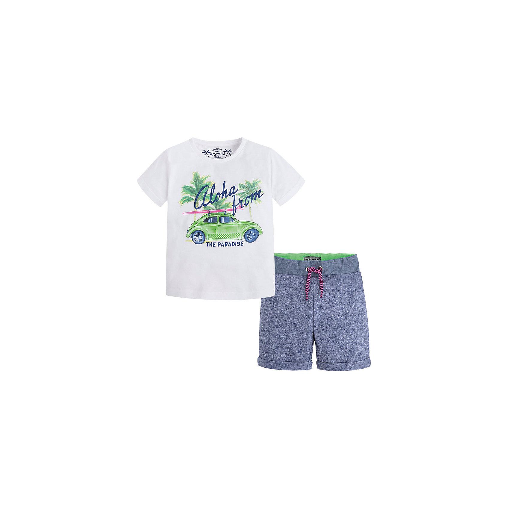 Комплект для мальчика: футболка и шорты MayoralКомплект: футболка и шорты для мальчика от известной испанской марки Mayoral <br><br>Модная футболка с шортами от Mayoral особенно актуальны в теплое время года! Она прекрасно сочетаются и с другими вещами.  Модель выполнена из качественных материалов, отлично сидит по фигуре.<br><br>Особенности модели:<br><br>- цвет: серый, белый;<br>- принт;<br>- шорты - на резинке и шнурке;<br>- натуральный материал.<br><br>Дополнительная информация:<br><br>Состав: 100% хлопок<br><br>Комплект: футболка и шорты для мальчика Mayoral (Майорал) можно купить в нашем магазине.<br><br>Ширина мм: 199<br>Глубина мм: 10<br>Высота мм: 161<br>Вес г: 151<br>Цвет: белый<br>Возраст от месяцев: 84<br>Возраст до месяцев: 96<br>Пол: Мужской<br>Возраст: Детский<br>Размер: 128,116,122,134,98,110,92,104<br>SKU: 4542722