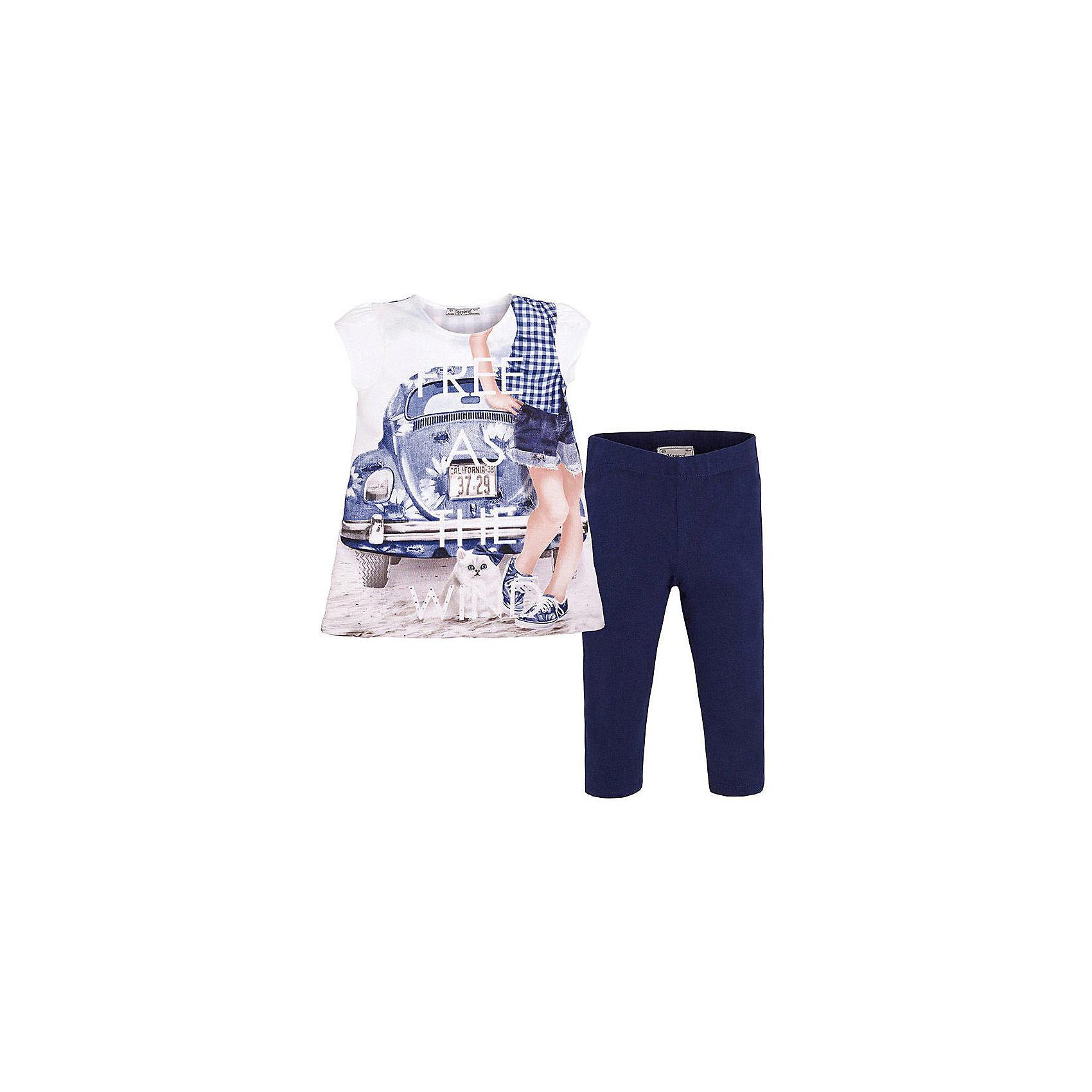 Комплект для девочки: леггинсы и футболка MayoralКомплект: леггинсы и футболка  для девочки от известной испанской марки Mayoral <br><br>Очень красивый комплект от Mayoral - отличный вариант летней одежды для девочек! Выглядит нарядно и оригинально. Модель выполнена из качественных материалов, отлично сидит по фигуре.<br><br>Особенности модели:<br><br>- цвет: синий;<br>- леггинсы -  однотонные, пояс на резинке;<br>- футболка украшена принтом.<br><br>Дополнительная информация:<br><br>Состав: 92% хлопок, 8% эластан<br><br>Комплект: леггинсы и футболка для девочки Mayoral (Майорал) можно купить в нашем магазине.<br><br>Ширина мм: 123<br>Глубина мм: 10<br>Высота мм: 149<br>Вес г: 209<br>Цвет: синий<br>Возраст от месяцев: 24<br>Возраст до месяцев: 36<br>Пол: Женский<br>Возраст: Детский<br>Размер: 98,92,134,128,122,116,110,104<br>SKU: 4542885