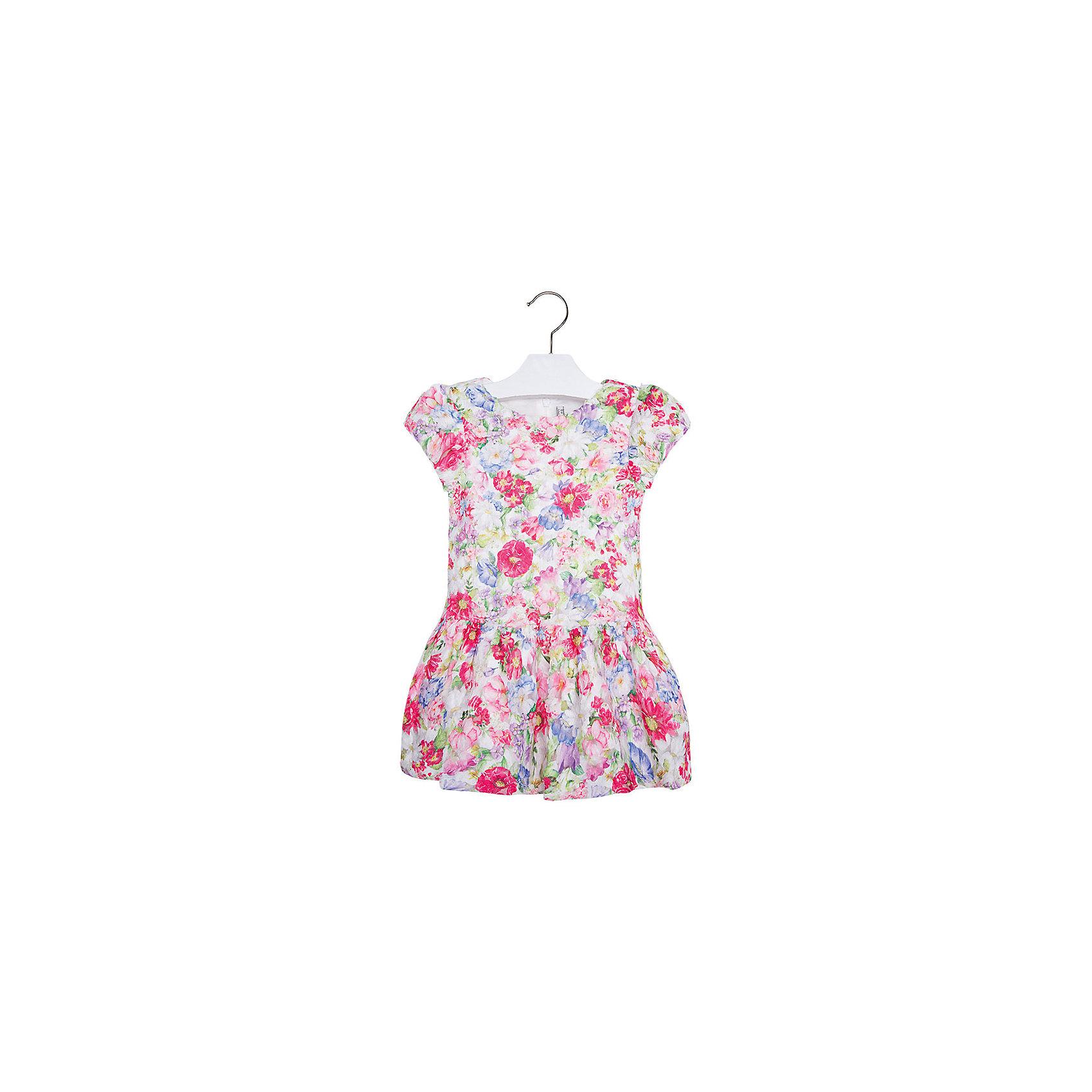Платье для девочки MayoralПлатье для девочки от известной испанской марки Mayoral <br><br>Очень красивое платье от Mayoral отлично смотрится на любой маленькой принцессе! Выглядит нарядно и оригинально. Модель выполнена из качественных материалов, отлично сидит по фигуре.<br><br>Особенности модели:<br><br>- цвет: розовый;<br>- украшено принтом;<br>- сзади молния.<br><br>Дополнительная информация:<br><br>Состав: 100% полиэстер<br><br>Платье для девочки Mayoral (Майорал) можно купить в нашем магазине.<br><br>Ширина мм: 236<br>Глубина мм: 16<br>Высота мм: 184<br>Вес г: 177<br>Цвет: красный<br>Возраст от месяцев: 24<br>Возраст до месяцев: 36<br>Пол: Женский<br>Возраст: Детский<br>Размер: 98,104,122,92,134,128,116,110<br>SKU: 4543162