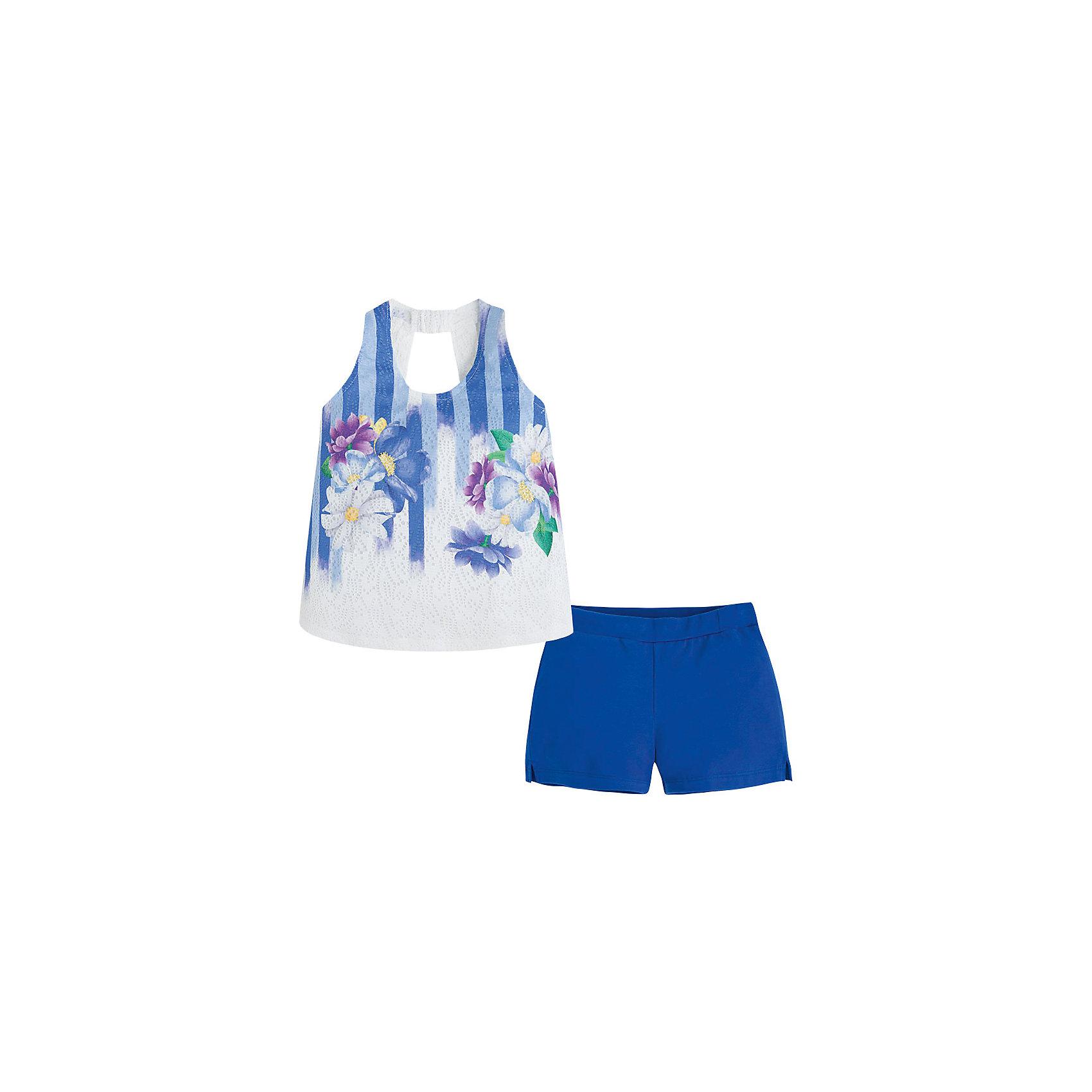 Комплект для девочки: майка и шорты MayoralЯркий комплект для девочки: футболка и шорты от известной испанской марки Mayoral - идеальный вариант для теплой погоды! <br><br>Дополнительная информация:<br><br>- Мягкая приятная к телу ткань. <br>- Прекрасно смотрится на фигуре, не вытягивается.<br>- Шорты на эластичном поясе, с декоративными разрезами.<br>- Футболка из узорной трикотажной сетчатой ткани. <br>- Округлый вырез горловины.<br>- Яркий цветочный принт.<br>- Вырез на спине. <br>- Состав: 95% хлопок, 5% эластан.<br><br>Комплект для девочки: футболку и шорты Mayoral (Майорал) можно купить в нашем магазине.<br><br>Ширина мм: 191<br>Глубина мм: 10<br>Высота мм: 175<br>Вес г: 273<br>Цвет: синий<br>Возраст от месяцев: 144<br>Возраст до месяцев: 156<br>Пол: Женский<br>Возраст: Детский<br>Размер: 158,128,164,152,140,170<br>SKU: 4543455