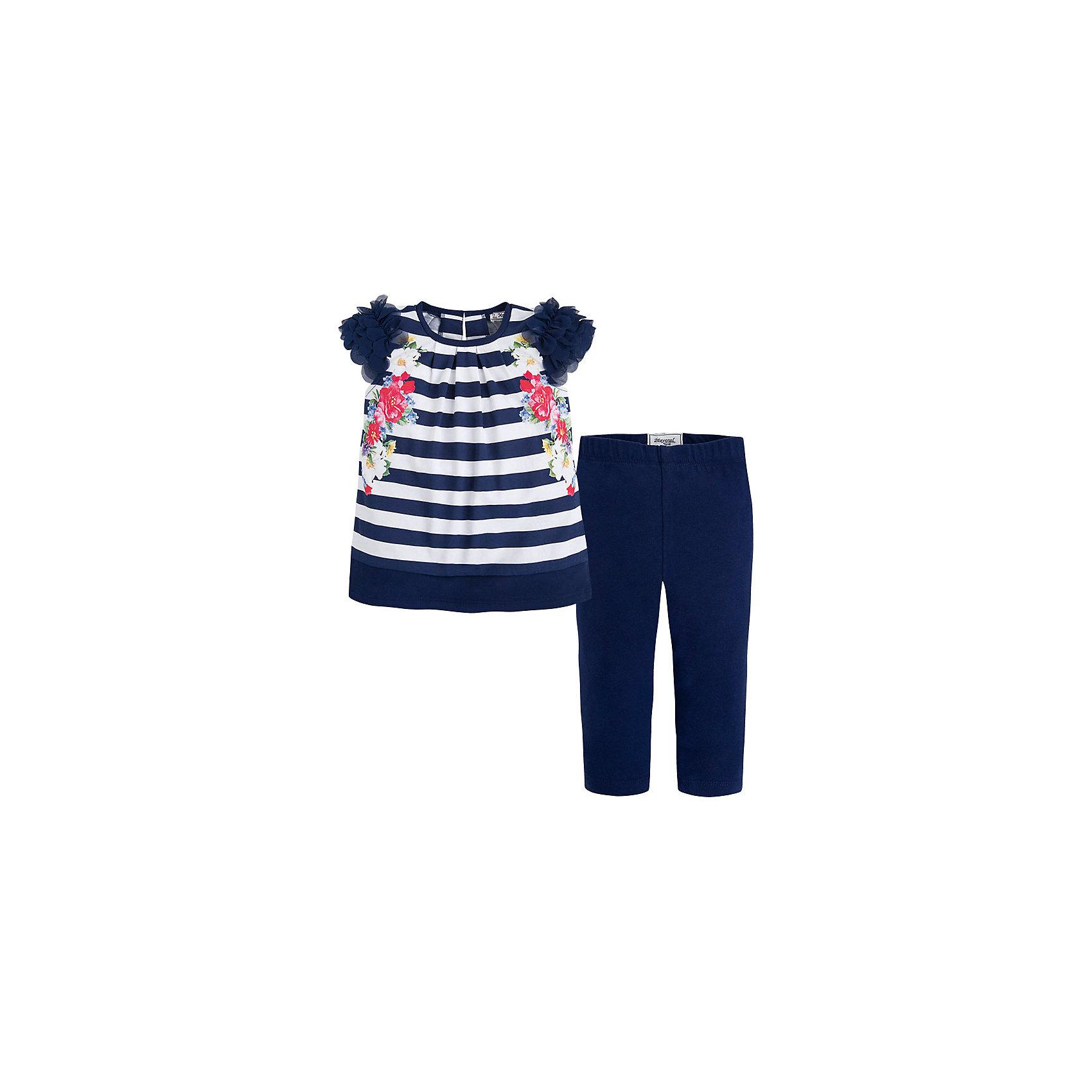 Комплект для девочки: футболка и леггинсы  MayoralКомплект: леггинсы и футболка для девочки от испанской марки Mayoral приведет в восторг юных модниц и займет достойное место в летнем гардеробе. <br><br>Дополнительная информация:<br><br>- Мягкая, приятная на ощупь ткань.<br>- Футболка прямого кроя.<br>- Застегивается на кнопку на спине.<br>- Округлый вырез горловины.<br>- Рукава декорированы нежными оборками из сетчатого материала. <br>- Футболка в полоску украшена цветочным принтом.<br>- Леггинсы на эластичном поясе на резинке.<br>- Состав: верх - 100% хлопок.<br><br>Комплект: леггинсы и футболка для девочки Mayoral (Майорал) можно купить в нашем магазине.<br><br>Ширина мм: 123<br>Глубина мм: 10<br>Высота мм: 149<br>Вес г: 209<br>Цвет: синий<br>Возраст от месяцев: 84<br>Возраст до месяцев: 96<br>Пол: Женский<br>Возраст: Детский<br>Размер: 128,116,134,122,104,110,98<br>SKU: 4543851