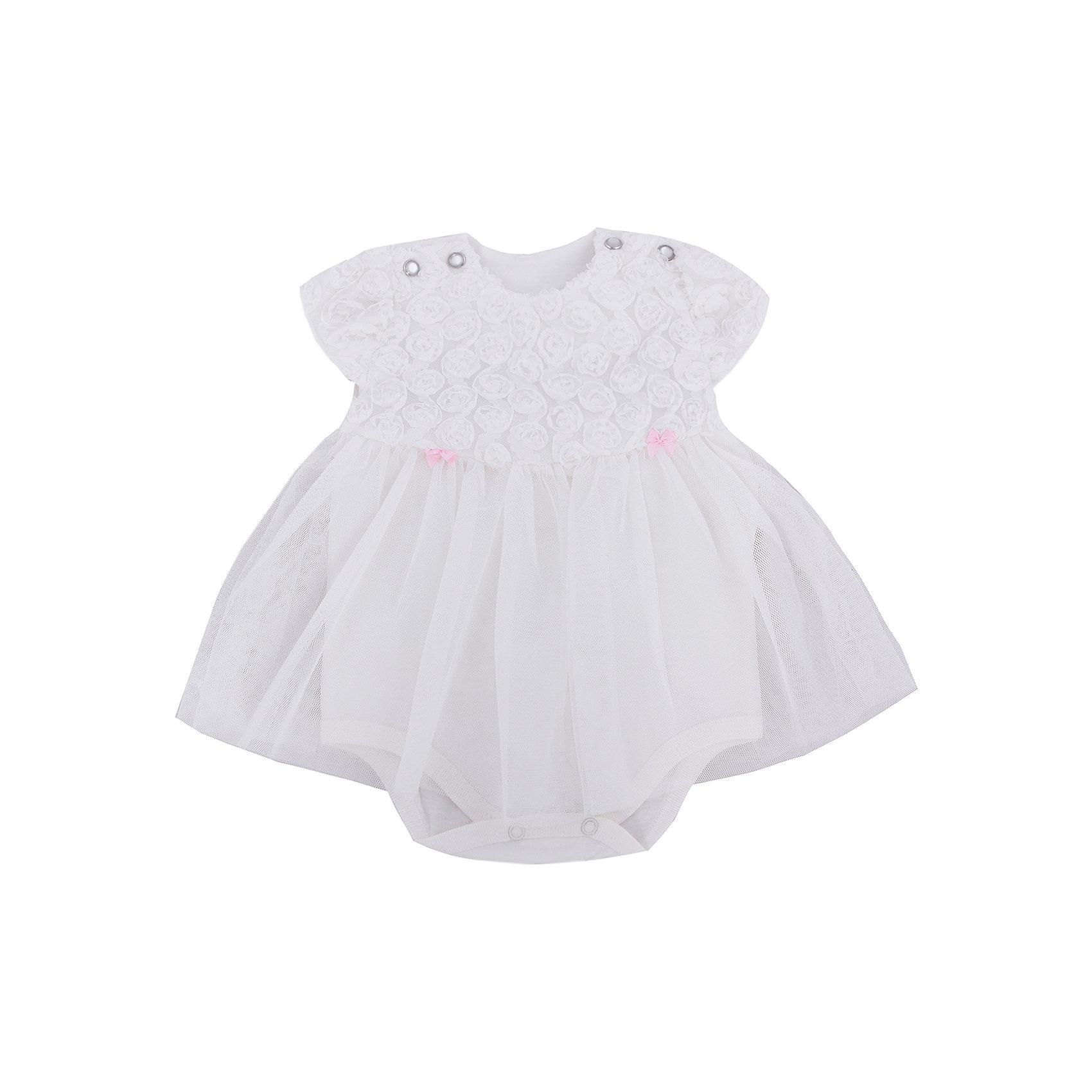 Боди-платье для девочки Soni KidsПлатье-боди для девочки от популярной марки Soni Kids <br> <br>Красивое нежное боди в виде платья сшито из мягкого дышащего хлопка. Это гипоаллергенный материал, который отлично подходит для детской одежды. Правильный крой обеспечит ребенку удобство, не будет натирать и стеснять движения. <br> <br>Особенности модели: <br> <br>- цвет - белый; <br>- материал - натуральный хлопок; <br>- отделка текстильными цветами; <br>- крылья на рукавах; <br>- мягкая окантовка; <br>- имитация пышного подола; <br>- модель декорирована бантиками; <br>- застежки - кнопки на плечах и внизу. <br> <br>Дополнительная информация: <br> <br>Состав: 100% хлопок <br> <br>Платье-боди для девочки от популярной марки Soni Kids (Сони Кидс) можно купить в нашем магазине.<br><br>Ширина мм: 157<br>Глубина мм: 13<br>Высота мм: 119<br>Вес г: 200<br>Цвет: белый<br>Возраст от месяцев: 12<br>Возраст до месяцев: 15<br>Пол: Женский<br>Возраст: Детский<br>Размер: 80,62,68,74<br>SKU: 4544969