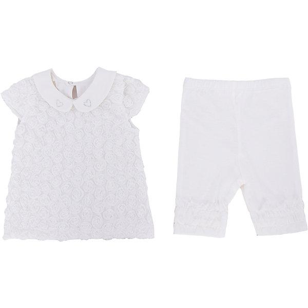 Комплект: футболка и бриджи для девочки Soni KidsКомплекты<br>Комплект: футболка и бриджи для девочки от популярной марки Soni Kids <br> <br>Нарядный комплект состоит из футболки и бриджей очень красивого оттенка слоновой кости сшита из мягкого дышащего хлопка. Это гипоаллергенный материал, который отлично подходит для детской одежды. Правильный крой обеспечит ребенку удобство, не будет натирать и стеснять движения. <br> <br>Особенности модели: <br> <br>- цвет - белый; <br>- материал - натуральный хлопок; <br>- модель декорирована стразами; <br>- отделка текстильными цветами; <br>- крылья на рукавах; <br>- отложной воротник; <br>- застежки - кнопки на спине. <br>- пояс - мягкая широкая резинка. <br> <br>Дополнительная информация: <br> <br>Состав: 100% хлопок <br> <br>Комплект: футболка и бриджи для девочки от популярной марки Soni Kids (Сони Кидс) можно купить в нашем магазине.<br>Ширина мм: 157; Глубина мм: 13; Высота мм: 119; Вес г: 200; Цвет: белый; Возраст от месяцев: 18; Возраст до месяцев: 24; Пол: Женский; Возраст: Детский; Размер: 92,80,74,86; SKU: 4545004;