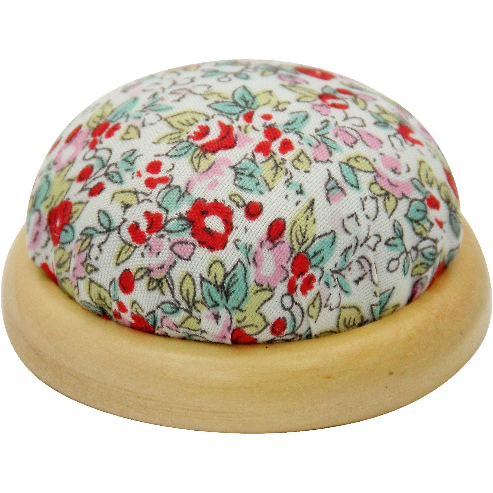 Игольница-подушечка Красные цветы 7,3*4,5 смИгольница-подушечка - прекрасный подарок, который понравится любой рукодельнице! Игольница выполнена из прочного текстильного материала, украшенного нежным цветочным принтом. Подставка из дерева удобная и устойчивая. Прекрасный вариант для памятного сувенира!<br><br>Дополнительная информация:<br><br>- Материал: синтетический хлопок, полиэстер, древесина вишни.<br>- Размер: 7,3х4,5 см.<br><br>Игольницу-подушечку Красные цветы, 7,3х4,5 см, можно купить в нашем магазине.<br><br>Ширина мм: 73<br>Глубина мм: 45<br>Высота мм: 45<br>Вес г: 50<br>Возраст от месяцев: 108<br>Возраст до месяцев: 2147483647<br>Пол: Женский<br>Возраст: Детский<br>SKU: 4548392