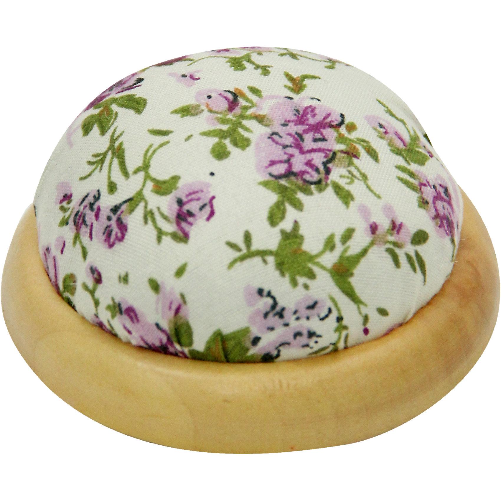 Игольница-подушечка Фиолетовые цветы 7,3*4,5 смИгольница-подушечка - прекрасный подарок, который понравится любой рукодельнице! Игольница выполнена из прочного текстильного материала, украшенного нежным цветочным принтом. Подставка из дерева удобная и устойчивая. Прекрасный вариант для памятного сувенира!<br><br>Дополнительная информация:<br><br>- Материал: синтетический хлопок, полиэстер, древесина вишни.<br>- Размер: 7,3х4,5 см.<br><br>Игольницу-подушечку Фиолетовые цветы, 7,3х4,5 см, можно купить в нашем магазине.<br><br>Ширина мм: 73<br>Глубина мм: 45<br>Высота мм: 45<br>Вес г: 50<br>Возраст от месяцев: 108<br>Возраст до месяцев: 2147483647<br>Пол: Женский<br>Возраст: Детский<br>SKU: 4548394