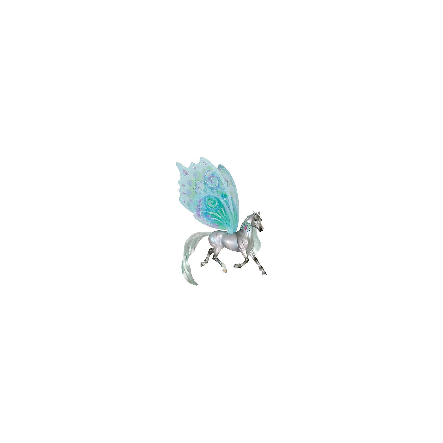 Лошадка с крыльями Суматра, серия Танцы ветра, BreyerЛошадка с крыльями Суматра, серия Танцы ветра, Breyer, станет отличным подарком для всех любителей этих грациозных животных. Очаровательная лошадка Суматра - героиня третьей книги Танцы Ветра из целой серии книг, изданных международным книжным издательством Macmillan Publishers. Она самая мудрая и таинственная, и такая же красивая и загадочная, как океан. Фигурка поразит Вас тщательной проработкой всех деталей и реалистичностью. У лошадки серебристое туловище с голубым отливом, роскошные блестящие грива и хвост цвета морской волны. На спине Суматры шелковые полупрозрачные крылья, выполненные в нежных бирюзовых и зеленых тонах. Лошадку украшает волшебная лента на шее, которая развивается, приглашая всех танцевать.<br><br>Лошадки, созданные мастерами компании Breyer (Бреер), являются самыми реалистичными копиями лошадей. Они отличаются точностью линий, тщательной проработкой мелких деталей и ручной росписью. Каждая лошадка особенная и не похожая на других, это настоящее произведение искусства, которое будет радовать не только детей, но и взрослых.<br><br>Дополнительная информация:<br><br>- Материал: пластик, текстиль.<br>- Размер игрушки: 11,5 х 9 см.<br>- Размер упаковки: 19 х 4 х 27 см.<br>- Вес: 0,3 кг.<br><br>Лошадку с крыльями Суматра, серия Танцы ветра, Breyer, можно купить в нашем интернет-магазине.<br><br>Ширина мм: 190<br>Глубина мм: 40<br>Высота мм: 270<br>Вес г: 300<br>Возраст от месяцев: 36<br>Возраст до месяцев: 1188<br>Пол: Унисекс<br>Возраст: Детский<br>SKU: 4552540