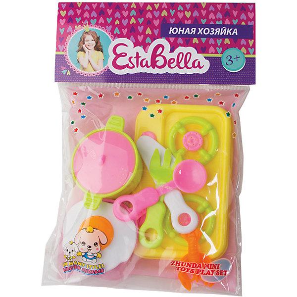 Кухня юной хозяйки, EstaBellaДетские кухни<br>Кухня юной хозяйки, EstaBella (Эстабелла) – этот красочный набор непременно понравится вашей девочке.<br>Набор «Кухня юной хозяйки» подарит вашей девочке увлекательный мир ролевой игры, фантазии и воображения. Играя с ним, она будет готовиться к взрослой жизни и станет более самостоятельной, уверенной и активной. Набор прекрасно подойдет для сюжетно-ролевых игр и станет прекрасным дополнением к любой кукольной кухне. Изготовлен из высококачественной и безопасной пластмассы.<br><br>Дополнительная информация:<br><br>- В наборе: кастрюля с крышкой, ложка, вилка, нож, мини-плита, муляж яичницы<br>- Материал: пластмасса<br>- Размер упаковки: 14х2х12 см.<br><br>Набор «Кухня юной хозяйки», EstaBella (Эстабелла) можно купить в нашем интернет-магазине.<br><br>Ширина мм: 140<br>Глубина мм: 20<br>Высота мм: 120<br>Вес г: 1000<br>Возраст от месяцев: 36<br>Возраст до месяцев: 72<br>Пол: Женский<br>Возраст: Детский<br>SKU: 4552902