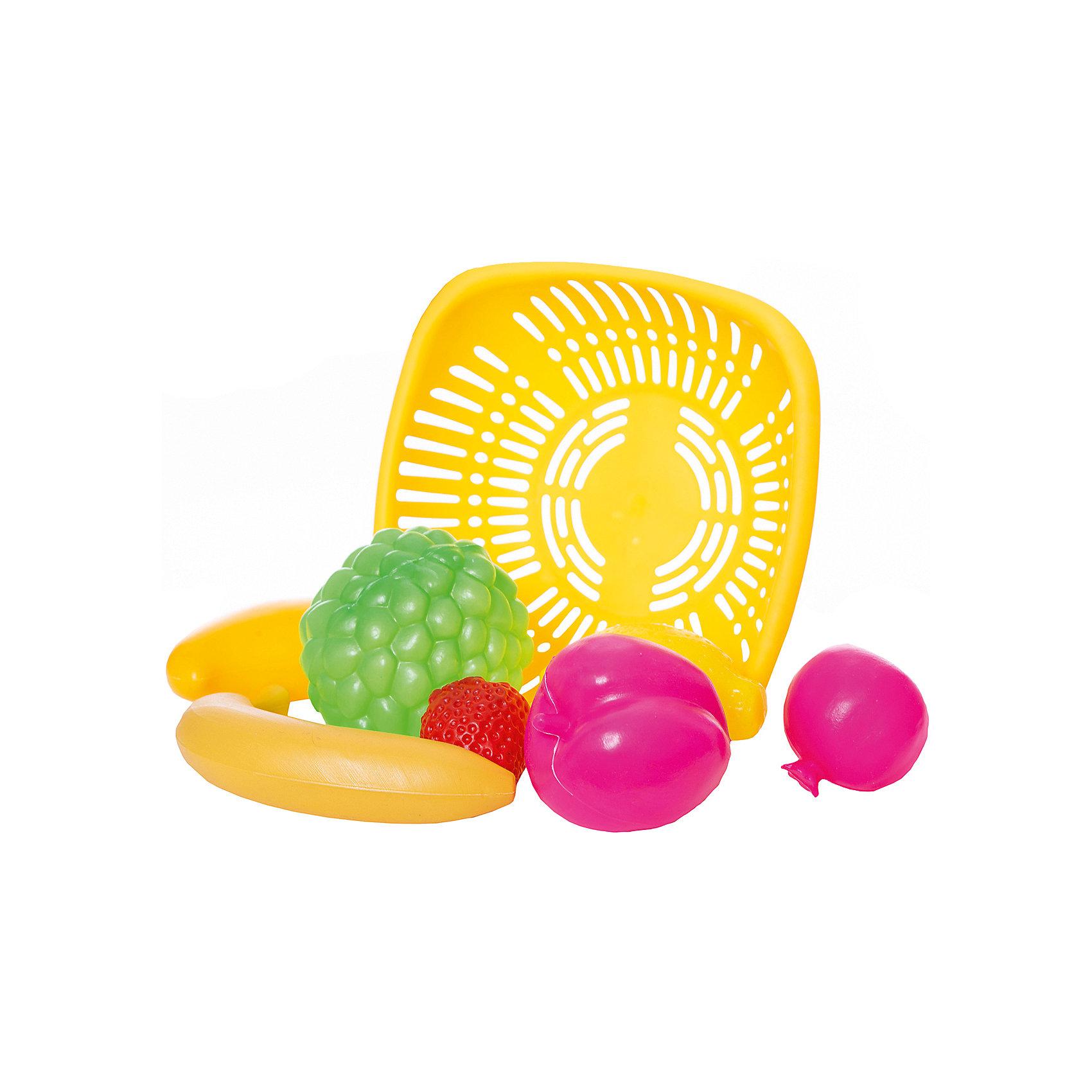 Набор Овощи и фрукты, EstaBellaНабор Овощи и фрукты, EstaBella (Эстабелла) – это красочный комплект муляжей фруктов для увлекательных сюжетно-ролевых игр.<br>Набор Овощи и фрукты от компании EstaBella (Эстабелла) подарит вашей девочке увлекательный мир ролевой игры, фантазии и воображения. Играя с ним, она будет готовиться к взрослой жизни и станет более самостоятельной, уверенной и активной. В комплект входят муляжи банана, клубники, лимона и других фруктов, а также корзинка. С таким набором малышке будет легко придумать разнообразные игровые сюжеты. Все элементы набора изготовлены из качественного пластика и покрыты нетоксичными красками, не имеют острых углов.<br><br>Дополнительная информация:<br><br>- В наборе: корзинка, 5 муляжей фруктов<br>- Материал: пластик<br>- Размер упаковки: 21х7х21 см.<br>- Вес: 187 гр.<br><br>Набор Овощи и фрукты, EstaBella (Эстабелла) можно купить в нашем интернет-магазине.<br><br>Ширина мм: 210<br>Глубина мм: 70<br>Высота мм: 210<br>Вес г: 187<br>Возраст от месяцев: 36<br>Возраст до месяцев: 72<br>Пол: Женский<br>Возраст: Детский<br>SKU: 4552906