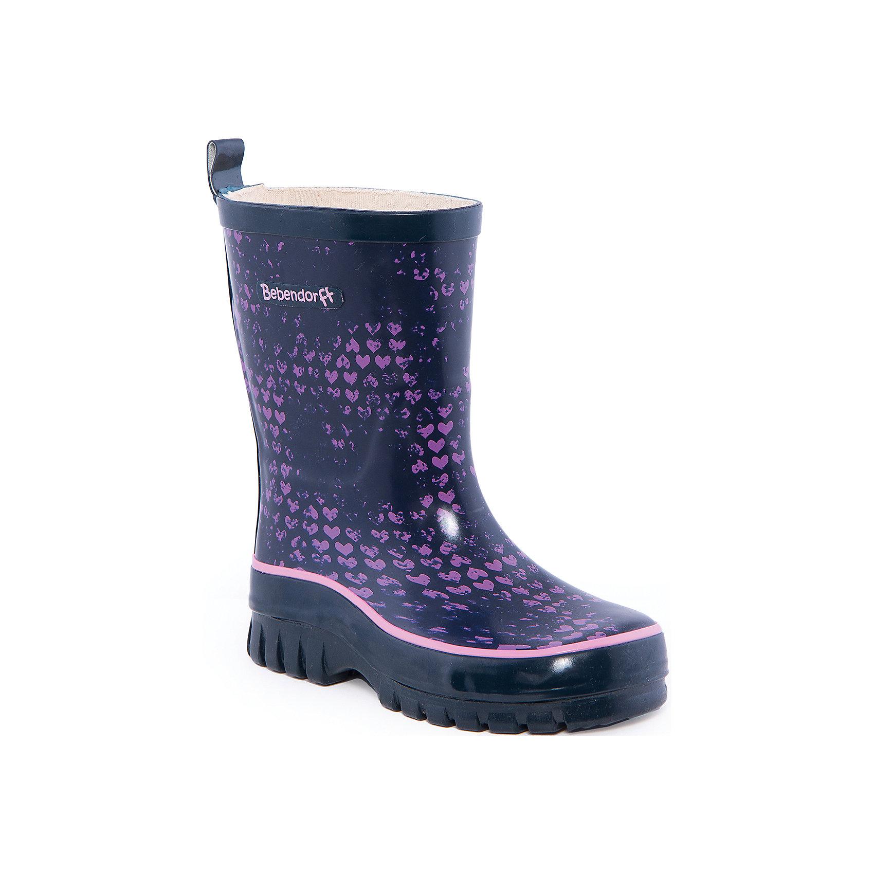 Резиновые сапоги для мальчика BebendorffРезиновые сапоги<br>Резиновые сапоги для мальчика от известного бренда Bebendorff<br><br>Стильные и прочные сапоги сделаны из качественной резины. Они позволят защитить ноги ребенка от сырости и обеспечат комфорт. Высокое голенище  с утяжкой защитит одежду от грязи и влаги.<br><br>Отличительные особенности модели:<br><br>- цвет: черный;<br>- удобная колодка;<br>- высокое голенище;<br>- качественные материалы;<br>- толстая устойчивая подошва;<br>- хлопковая подкладка;<br>- декорированы ярким принтом;<br>- подошва рифленая.<br><br>Дополнительная информация:<br><br>Температурный режим: от + 5° С до + 20° С.<br><br>Состав:<br>верх - резина;<br>подкладка - хлопок;<br>стелька - хлопок;<br>подошва - резина.<br><br>Резиновые сапоги для мальчика Bebendorff (Бебендорф) можно купить в нашем магазине.<br><br>Ширина мм: 237<br>Глубина мм: 180<br>Высота мм: 152<br>Вес г: 438<br>Цвет: черный<br>Возраст от месяцев: 108<br>Возраст до месяцев: 120<br>Пол: Мужской<br>Возраст: Детский<br>Размер: 33,30,34,32,31<br>SKU: 4554545