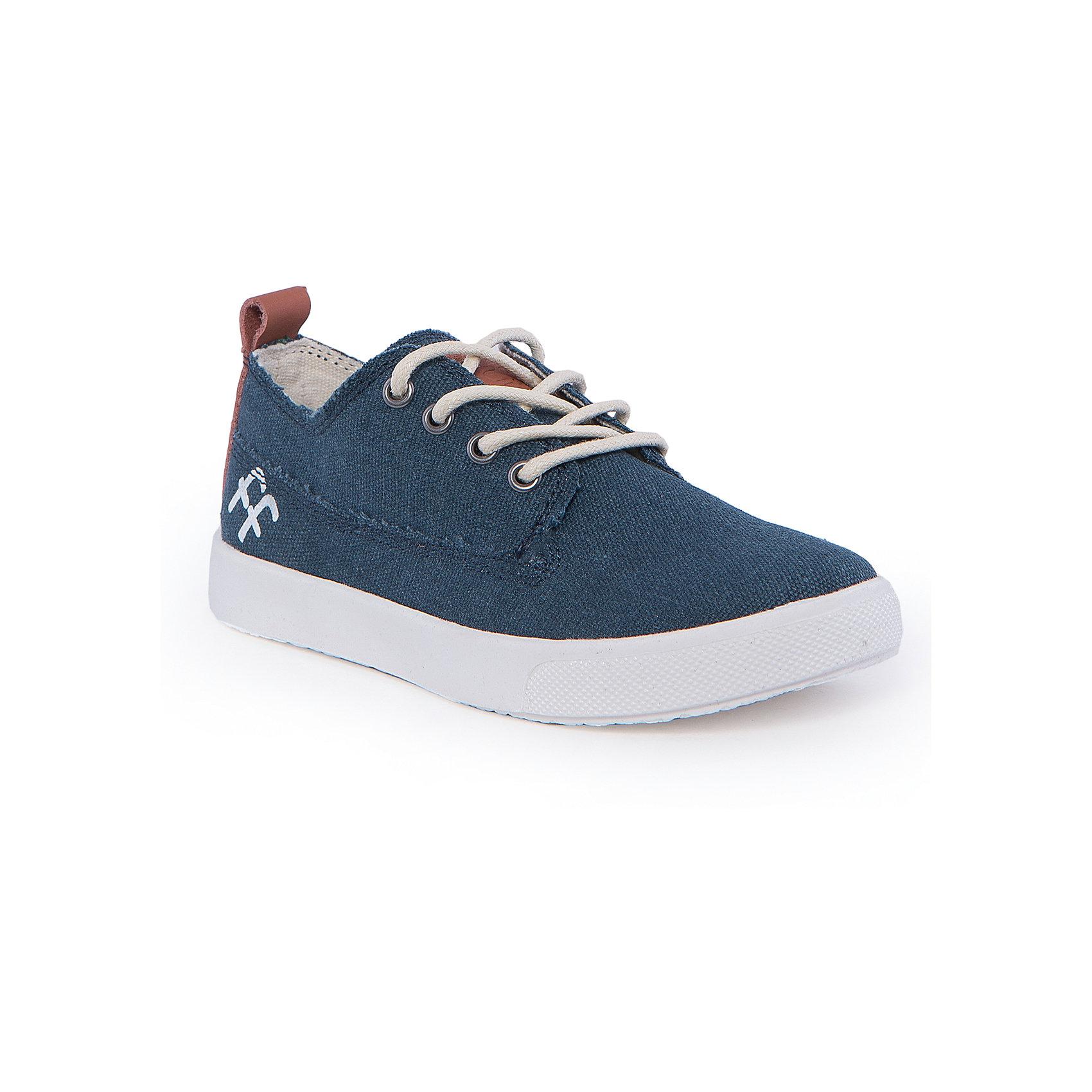 Кеды для мальчика BebendorffКеды для мальчика от известного бренда Bebendorff<br><br>Стильные джинсовые кеды разнообразят гардероб мальчика в новом весенне-летнем сезоне. Кеды сделаны из качественных материалов, поэтому не только отлично смотрятся, но и обеспечивают комфорт детским ногам.<br><br>Отличительные особенности модели:<br><br>- цвет: синий джинс;<br>- удобная форма;<br>- небольшой принт;<br>- качественные материалы;<br>- толстая устойчивая подошва;<br>- хлопковая подкладка;<br>- шнуровка;<br>- стелька из натуральной кожи.<br><br>Дополнительная информация:<br><br>Температурный режим: от + 10° С до + 25° С.<br><br>Состав:<br>верх - текстиль;<br>подкладка - хлопок;<br>стелька - натуральная кожа;<br>подошва - ТПР.<br><br>Кеды для мальчика Bebendorff (Бебендорф) можно купить в нашем магазине.<br><br>Ширина мм: 250<br>Глубина мм: 150<br>Высота мм: 150<br>Вес г: 250<br>Цвет: синий<br>Возраст от месяцев: 60<br>Возраст до месяцев: 72<br>Пол: Мужской<br>Возраст: Детский<br>Размер: 29,28,30,31,33,32<br>SKU: 4554696