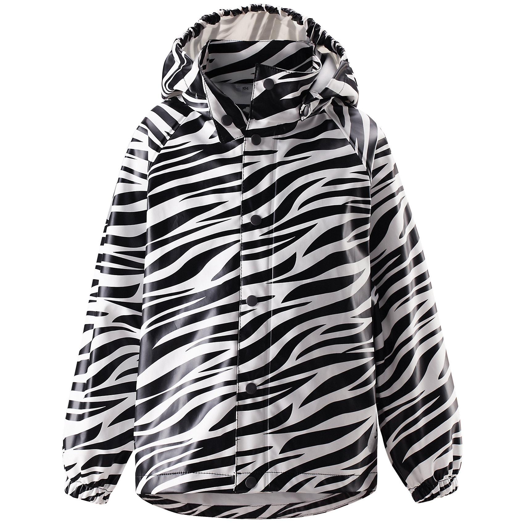 Куртка  LASSIEОдежда<br>Куртка для девочки от известной компании LASSIE<br><br>Демисезонная куртка - отличная вещь для прогулок и активного отдыха. Она создана для прохладной погоды - спасет от ветра и дождя.<br>Куртка выполнена в оригинальной расцветке, легко надевается, не промокает. Ее очень просто чистить. Эта стильная и качественная вещь прослужит не один сезон!<br><br>Особенности модели:<br><br>- цвет: черный, белый;<br>- без утеплителя;<br>- рукава реглан;<br>- съемный капюшон;<br>- светоотражающие элементы;<br>- водо- и ветронепроницаемый, грязеотталкивающий материал;<br>- запаянные швы;<br>- застежки - кнопки;<br>- декорирована принтом;<br>- внизу рукавов - резинки.<br><br>Дополнительная информация:<br><br>Температурный режим: от +10° до +20° С<br><br>Состав: 100% полиэстер<br><br>Куртку для девочки от известной компании LASSIE (Лэсси Рейма) можно купить в нашем магазине.<br><br>18<br><br>Ширина мм: 356<br>Глубина мм: 10<br>Высота мм: 245<br>Вес г: 519<br>Цвет: черный<br>Возраст от месяцев: 48<br>Возраст до месяцев: 60<br>Пол: Унисекс<br>Возраст: Детский<br>Размер: 110,92,128,116,104,98,122<br>SKU: 4555084