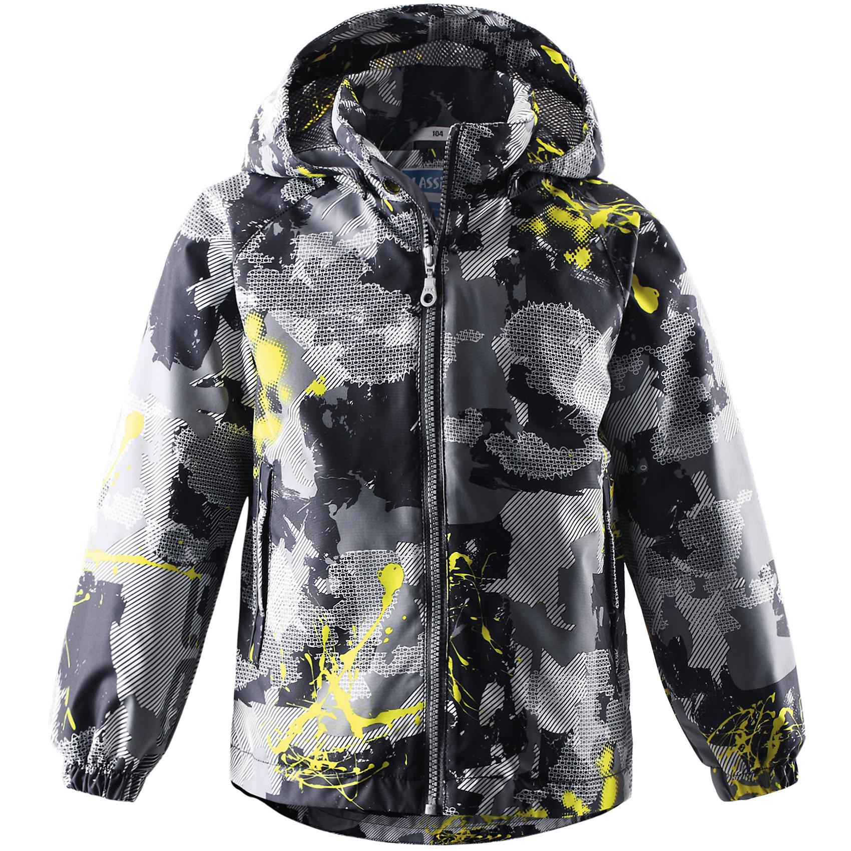 Куртка для мальчика LASSIE by ReimaОдежда<br>Куртка для мальчика от известной компании LASSIE by Reima<br><br>Демисезонная куртка - отличная вещь для прогулок и активного отдыха. Она создана для прохладной погоды - спасет от ветра и дождя.<br>Куртка выполнена в оригинальной расцветке, легко надевается, не промокает. Ее очень просто чистить. Эта стильная и качественная вещь прослужит не один сезон!<br><br>Особенности модели:<br><br>- цвет: серый, черный;<br>- без утеплителя;<br>- подкладка из mesh-сетки;<br>- съемный капюшон;<br>- подол куртки регулируется;<br>- водо- и ветронепроницаемый, грязеотталкивающий материал;<br>- карманы на липучках;<br>- декорирована принтом;<br>-внизу рукавов - резинки.<br><br>Дополнительная информация:<br><br>Температурный режим: от +10° до +20° С<br><br>Состав: 100% полиэстер<br><br>Куртку для мальчика от известной компании LASSIE by Reima (Лэсси Рейма) можно купить в нашем магазине.<br><br>Ширина мм: 356<br>Глубина мм: 10<br>Высота мм: 245<br>Вес г: 519<br>Цвет: черный<br>Возраст от месяцев: 84<br>Возраст до месяцев: 96<br>Пол: Мужской<br>Возраст: Детский<br>Размер: 128,104,98,110,116,134,140,122,92<br>SKU: 4555153