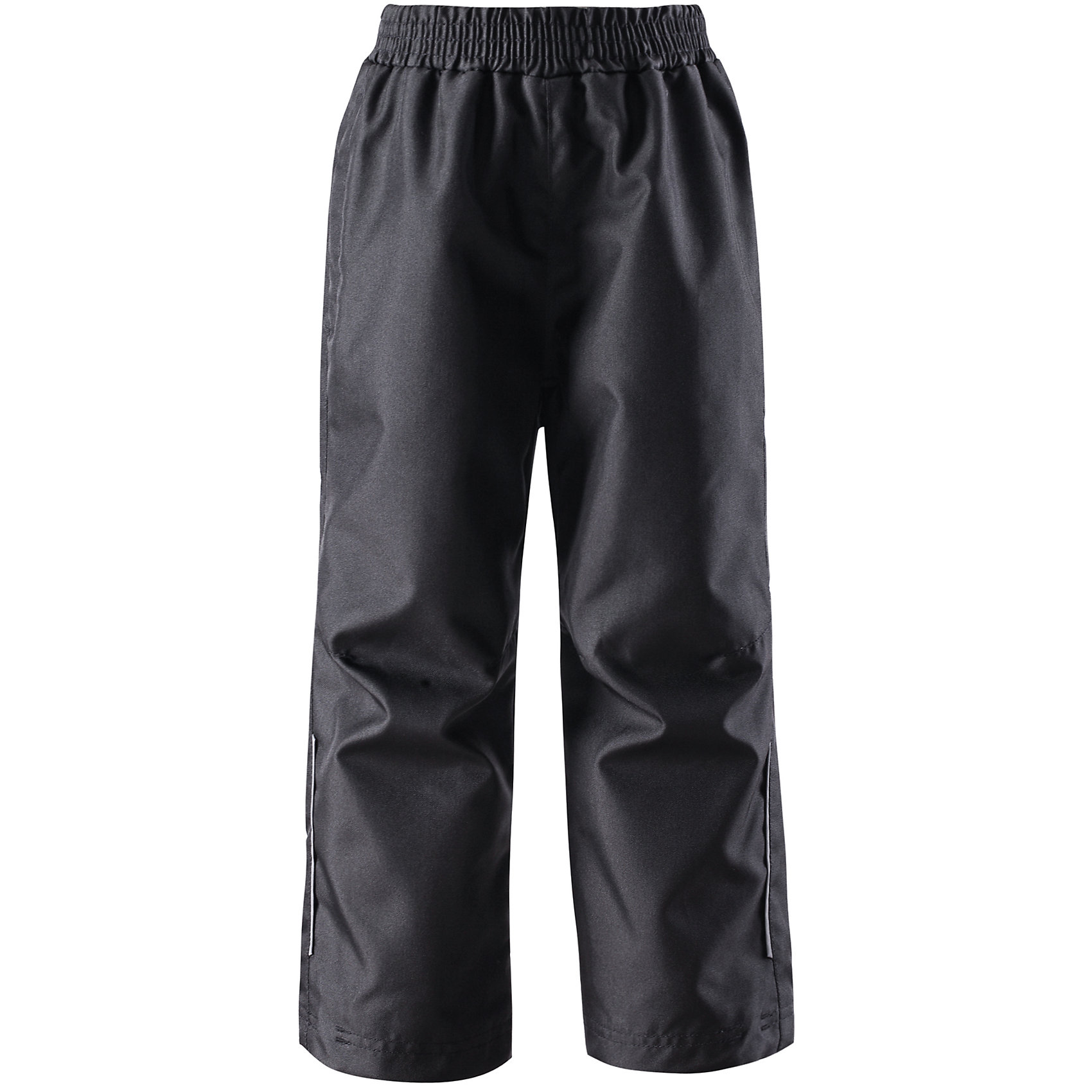 Брюки  LASSIE by ReimaБрюки от известной компании LASSIE by Reima<br><br>Непромокаемые брюки - отличная вещь для прогулок и активного отдыха. Они созданы для прохладной погоды - мембранный материал не даст ребенку замерзнуть, но позволит при этом коже дышать и отводить лишнюю влагу.<br>Брюки выполнены в ярком цвете, легко надевается, не промокают, размер регулируется. Их очень просто чистить. Эта стильная и качественная вещь прослужит не один сезон!<br><br>Особенности модели:<br><br>- цвет: черный;<br>- проклеенный серединный сзади;<br>- на талии - резинка;<br>- водо- и ветронепроницаемый, грязеотталкивающий материал;<br>- по бокам - карманы;<br>- материал износостойкий;<br>- водонепроницаемость (WP) - 1 000;<br>- воздухопроницаемость (BR) - 3000;<br>- снизу на штанинах - шнурки для регулирования размера.<br><br>Дополнительная информация:<br><br>Температурный режим: от 0° до +15° С<br><br>Состав: 100% полиэстер<br><br>Брюки от известной компании LASSIE by Reima (Лэсси Рейма) можно купить в нашем магазине.<br><br>Ширина мм: 215<br>Глубина мм: 88<br>Высота мм: 191<br>Вес г: 336<br>Цвет: черный<br>Возраст от месяцев: 60<br>Возраст до месяцев: 72<br>Пол: Унисекс<br>Возраст: Детский<br>Размер: 116,134,122,128,140,104,110,98,92<br>SKU: 4555206