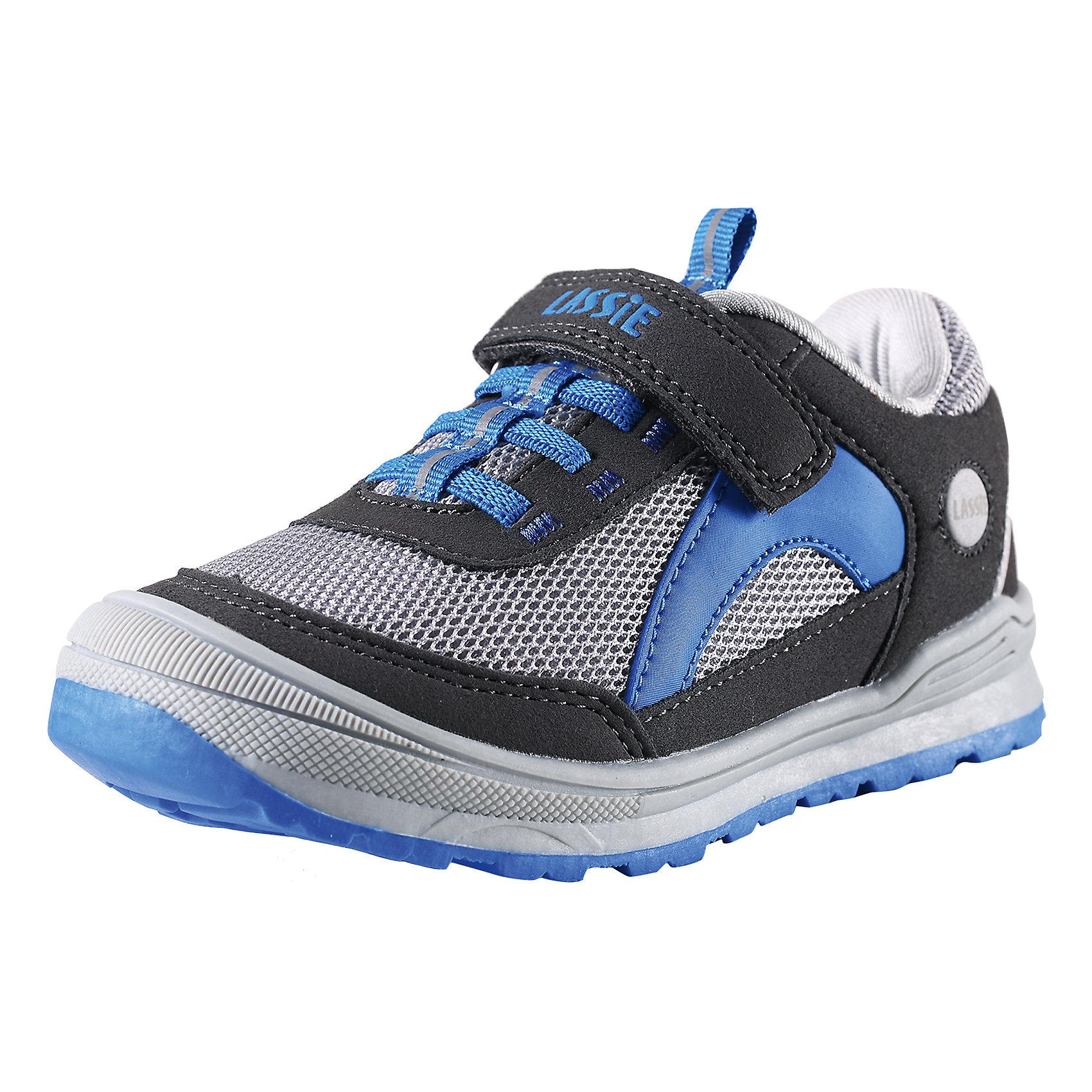 Кроссовки для мальчика LASSIE by ReimaДетские кроссовки, c подкладкой из mesh-сетки, верх из синтетического материала и воздухопроводимого текстиля, светоотражающие детали, съемные стельки, подошва из термопластичной резины.<br>Состав:<br>50%ПЭ, 50%ПУ<br><br>Ширина мм: 250<br>Глубина мм: 150<br>Высота мм: 150<br>Вес г: 250<br>Цвет: разноцветный<br>Возраст от месяцев: 120<br>Возраст до месяцев: 132<br>Пол: Мужской<br>Возраст: Детский<br>Размер: 34,35,30,27,26,31,33,28,32,29<br>SKU: 4555548
