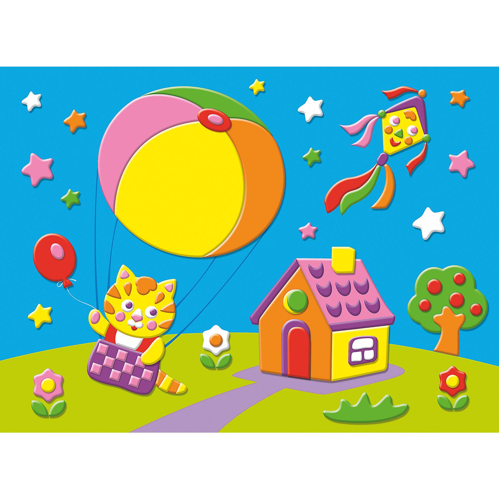 Мягкая картинка Котёнок на воздушном шареМягкая картинка Котёнок на воздушном шаре - увлекательный набор для детского творчества, который поможет Вашему ребенку без ножниц и клея сделать красивую картинку. Для начала работы нужно отобрать из комплекта детали, которые будут находиться в самом нижнем слое аппликации, затем, не вырезая, снять с них защитную пленку и вклеить в контур рисунка. Остальные части нужно наклеивать слоями, следуя образцу. Детали аппликации созданы из мягкого, приятного на ощупь материала EVA на клеевой основе, легко приклеиваются и прочно держатся. Итогом работы станет красочная объемная картинка с изображением веселого котенка на воздушном шаре. Работа с аппликацией развивает у ребенка цветовое восприятие, образно-логическое мышление, пространственное воображение, внимание и память.<br><br>Дополнительная информация:<br><br>- В комплекте: цветная картинка-основа с рисунком, 7 разноцветных пластин мягкого пластика ЭВА на самоклеящейся основе.<br>- Размер упаковки: 21,5 х 30 х 0,5 см.<br>- Вес: 68 гр.<br><br>Мягкую картинку Котёнок на воздушном шаре, Дрофа Медиа, можно купить в нашем интернет-магазине.<br><br>Ширина мм: 300<br>Глубина мм: 215<br>Высота мм: 5<br>Вес г: 85<br>Возраст от месяцев: 36<br>Возраст до месяцев: 2147483647<br>Пол: Унисекс<br>Возраст: Детский<br>SKU: 4561853