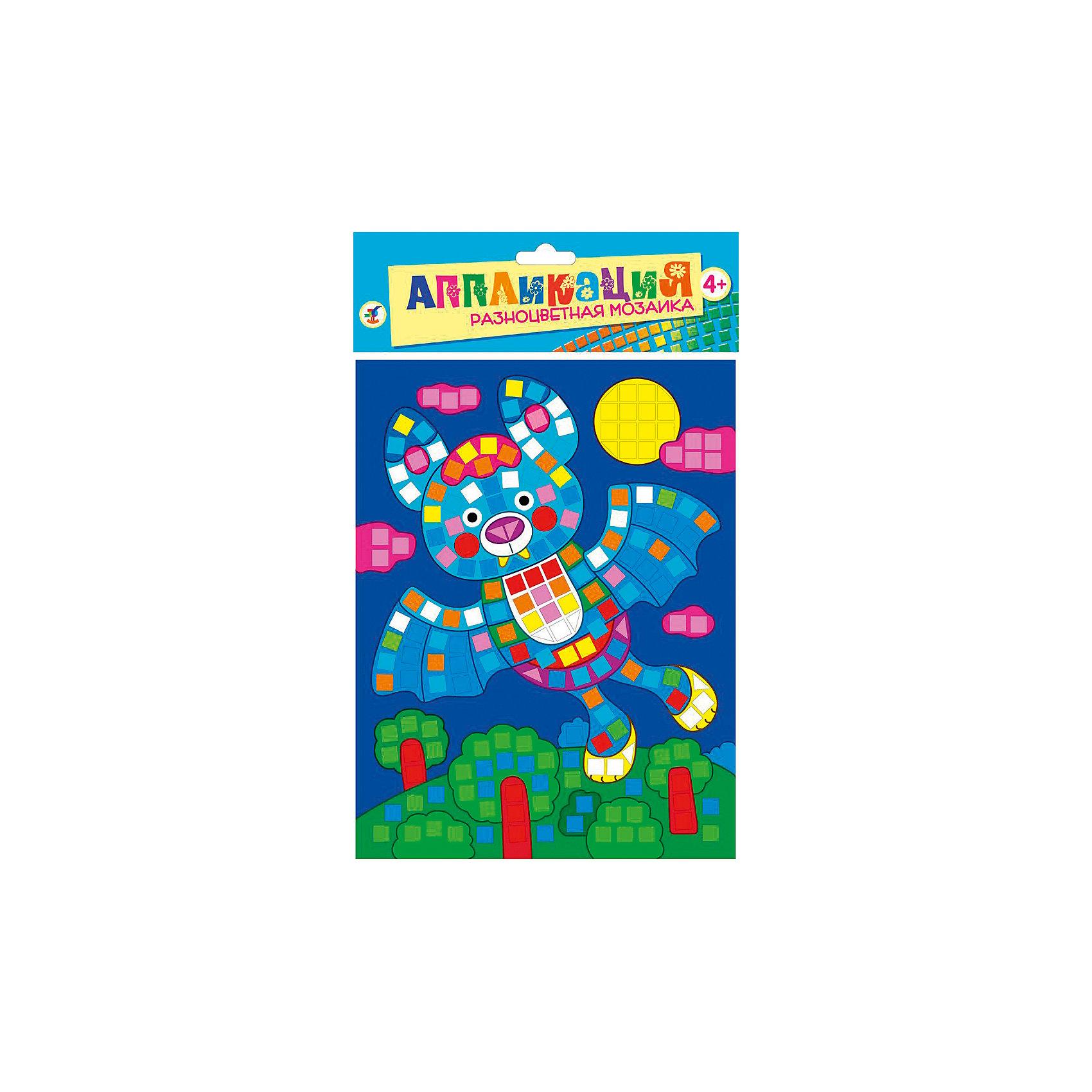 Разноцветная мозаика мини Летучая мышьМозаика<br>Разноцветная мозаика Летучая мышь - увлекательный набор для детского творчества, который поможет Вашему ребенку без ножниц и клея сделать красивую картинку. Техника выполнения мозаики проста и не представляет сложностей: на картинку-основу уже нанесен рисунок со схемой размещения квадратиков, нужно лишь снять защитную пленку с деталей и аккуратно вклеить их согласно образцу. Разноцветные детали-квадратики выполнены из мягкого, приятного на ощупь материала ЭВА.. Все элементы имеют самоклеющуюся основу, легко приклеиваются и прочно держатся. Итогом работы станет красочная мозаика с изображением разноцветной летучей мыши. Работа с мозаикой развивает у ребенка цветовое восприятие, образно-логическое мышление и пространственное воображение, тренирует мелкую моторику.<br><br>Дополнительная информация:<br><br>- В комплекте: основа с рисунком и схемой размещения квадратиков, самоклеящиеся квадратики из мягкого пластика 8 цветов.<br>- Материал: картон, мягкий пластик ЭВА.<br>- Размер упаковки: 20 х 15 x 0,5 см.<br>- Вес: 38 гр.<br><br>Разноцветную мозаику мини Летучая мышь, Дрофа Медиа, можно купить в нашем интернет-магазине.<br><br>Ширина мм: 160<br>Глубина мм: 205<br>Высота мм: 7<br>Вес г: 85<br>Возраст от месяцев: 48<br>Возраст до месяцев: 2147483647<br>Пол: Унисекс<br>Возраст: Детский<br>SKU: 4561873